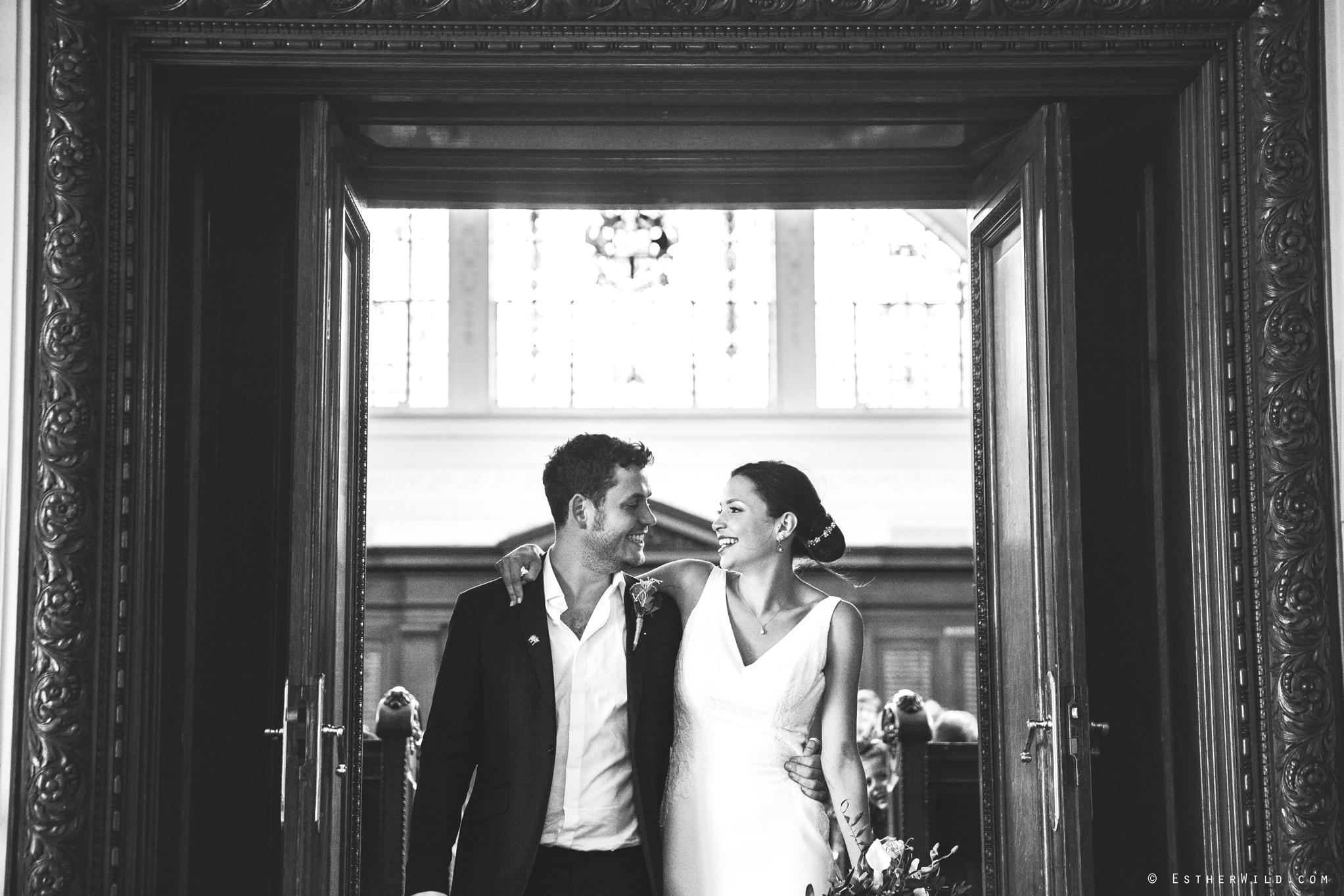 Islington_Town_Hall_Wedding_London_Photographer_Esther_Wild_IMG_5116-1.jpg
