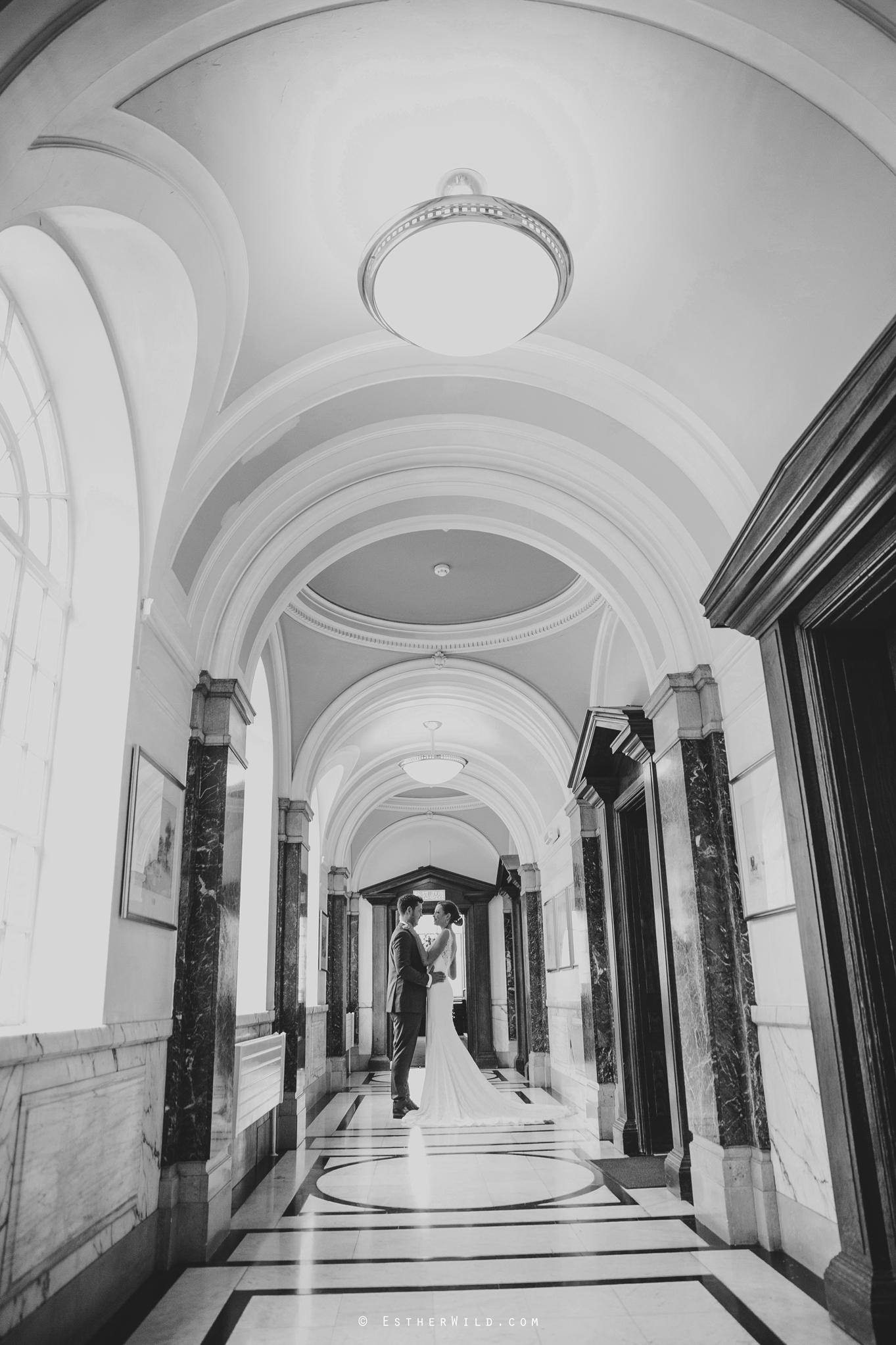 Islington_Town_Hall_Wedding_London_Photographer_Esther_Wild_IMG_5196-1.jpg