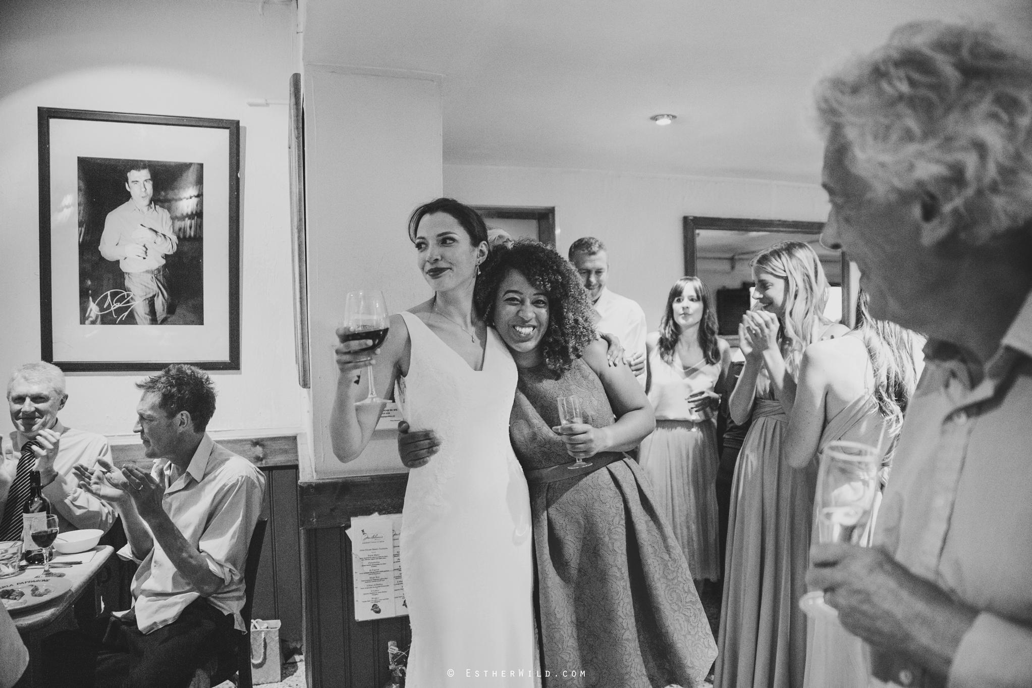 Islington_Town_Hall_Wedding_London_Photographer_Esther_Wild_IMG_5852-1.jpg