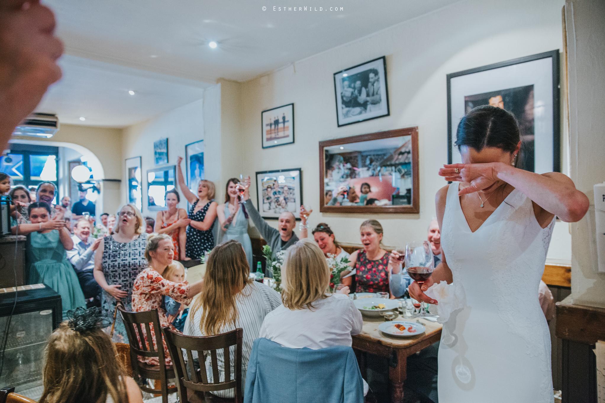 Islington_Town_Hall_Wedding_London_Photographer_Esther_Wild_IMG_5971.jpg