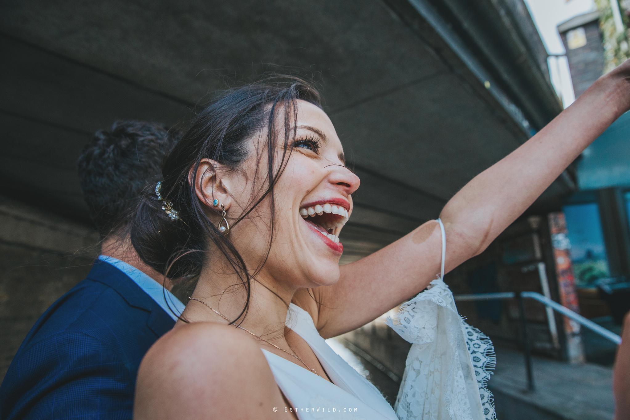 Islington_Town_Hall_Wedding_London_Photographer_Esther_Wild_IMG_6876.jpg
