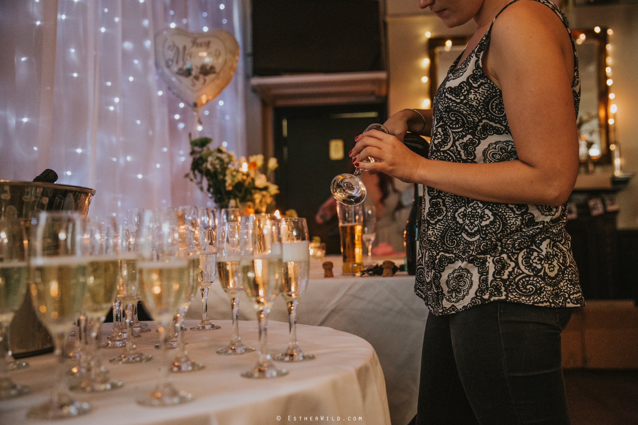 Islington_Town_Hall_Wedding_London_Photographer_Esther_Wild_IMG_7318.jpg