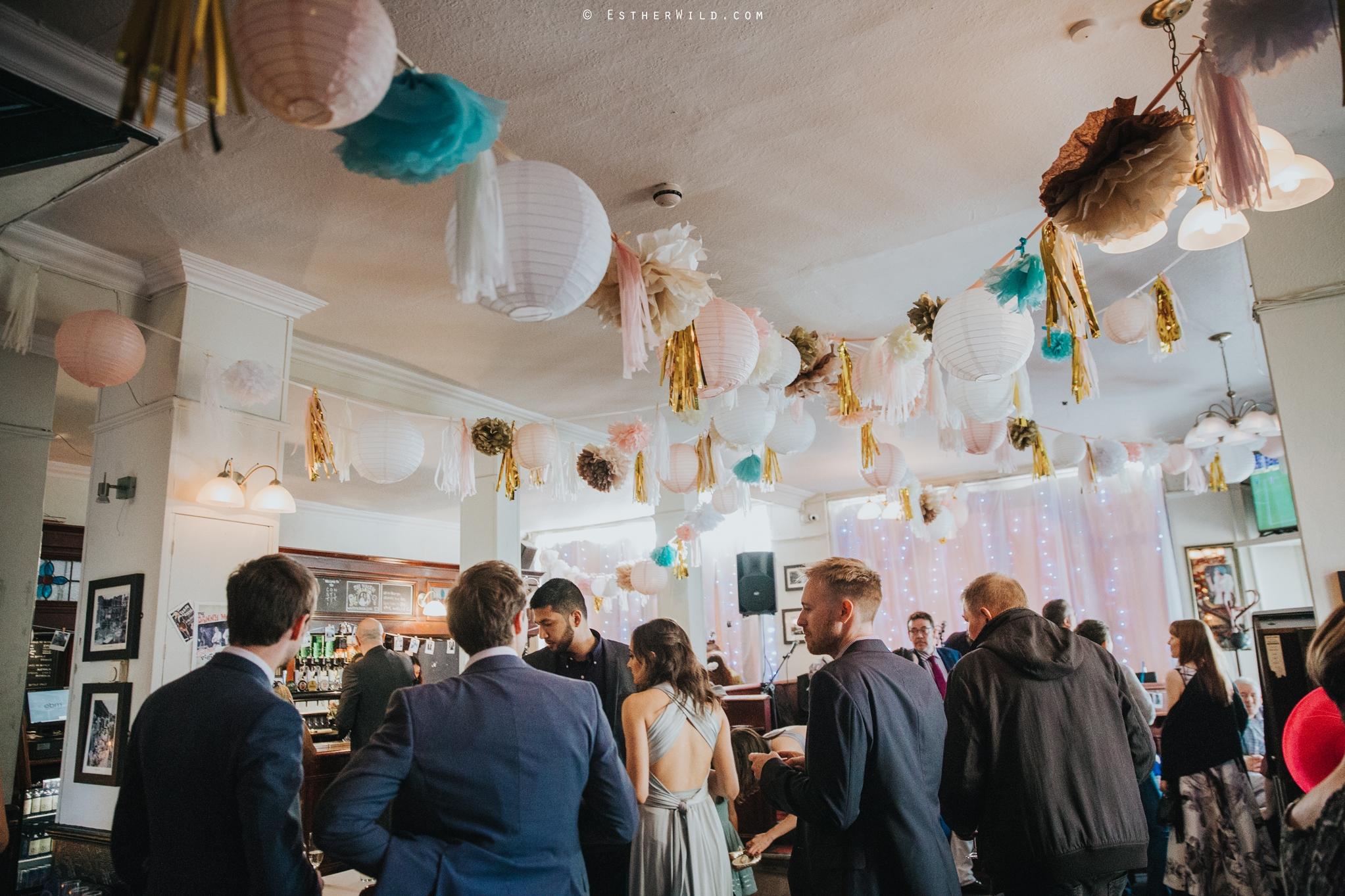 Islington_Town_Hall_Wedding_London_Photographer_Esther_Wild_IMG_7328.jpg