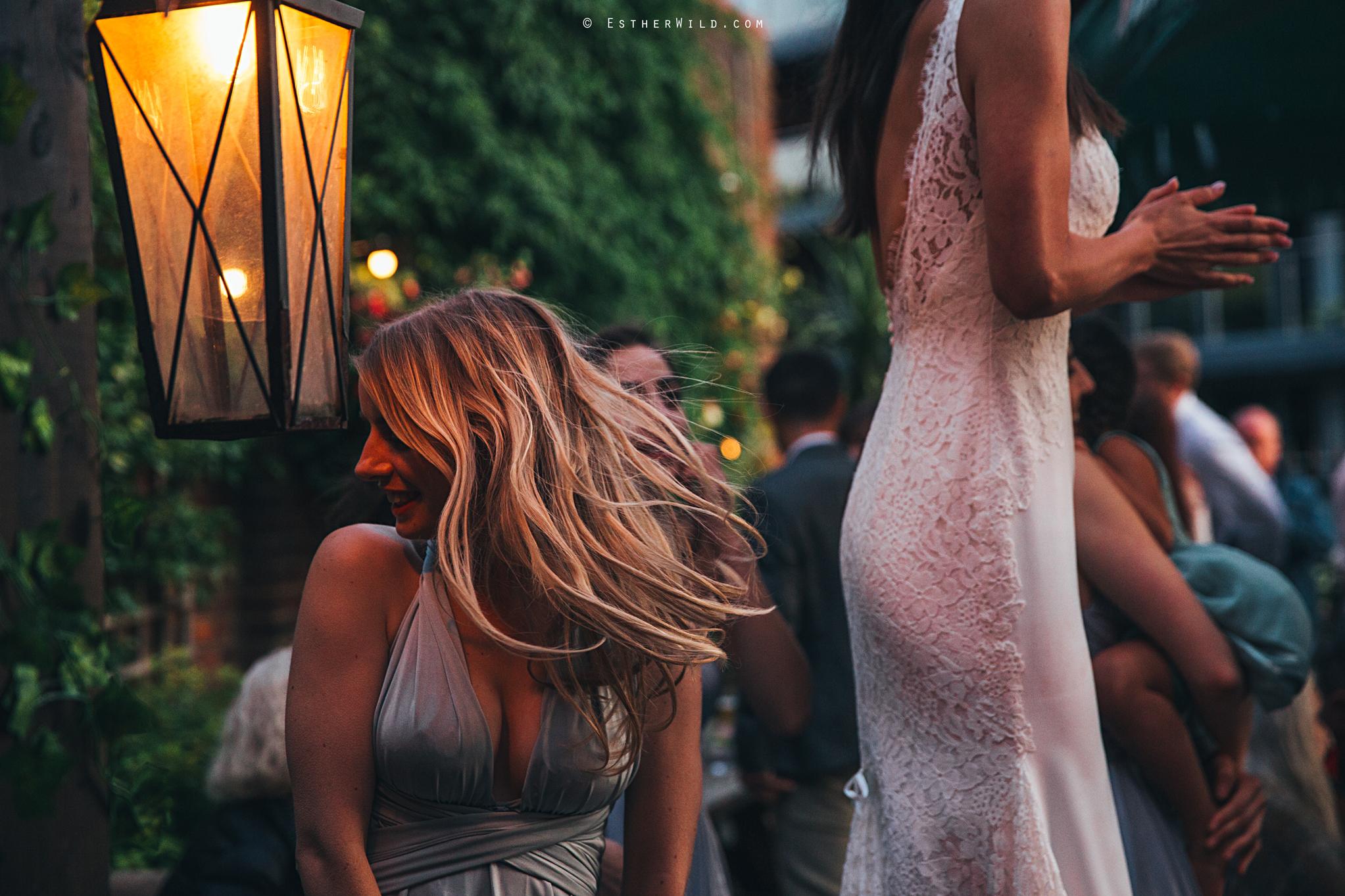 Islington_Town_Hall_Wedding_London_Photographer_Esther_Wild_IMG_7757.jpg