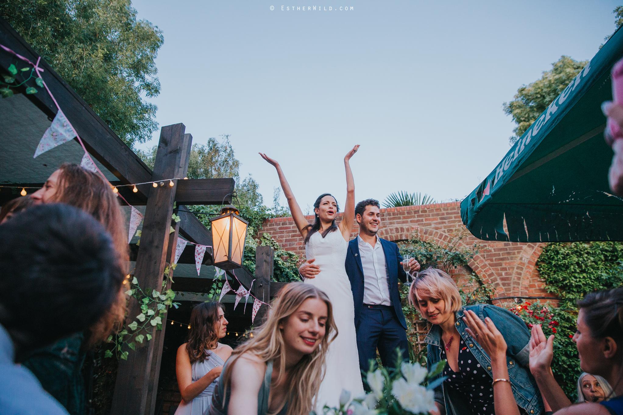 Islington_Town_Hall_Wedding_London_Photographer_Esther_Wild_IMG_7789.jpg