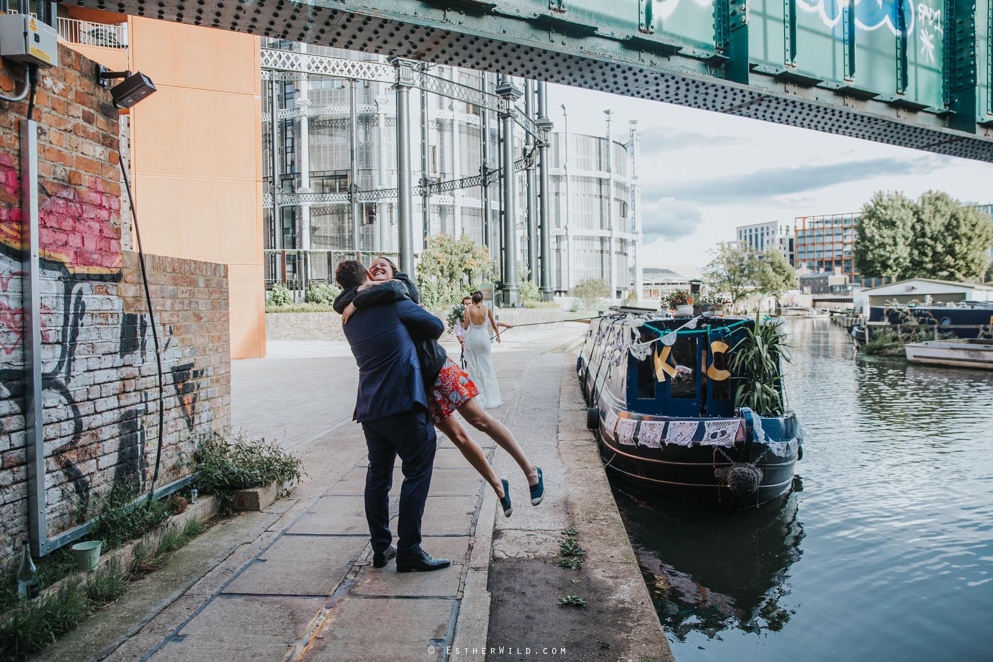 Islington_Town_Hall_Wedding_London_Photographer_Esther_Wild_IMG_6702.jpg