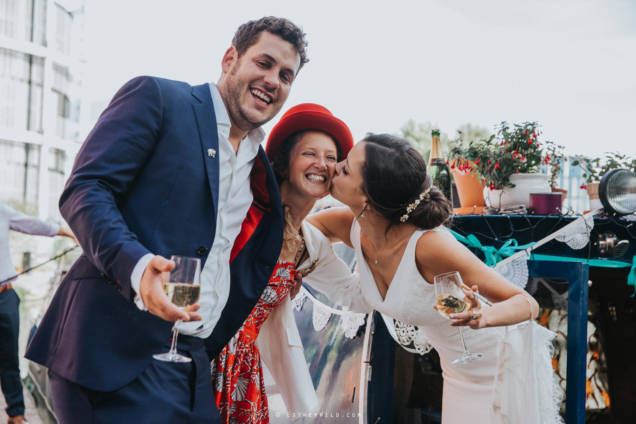 Islington_Town_Hall_Wedding_London_Photographer_Esther_Wild_IMG_6804.jpg