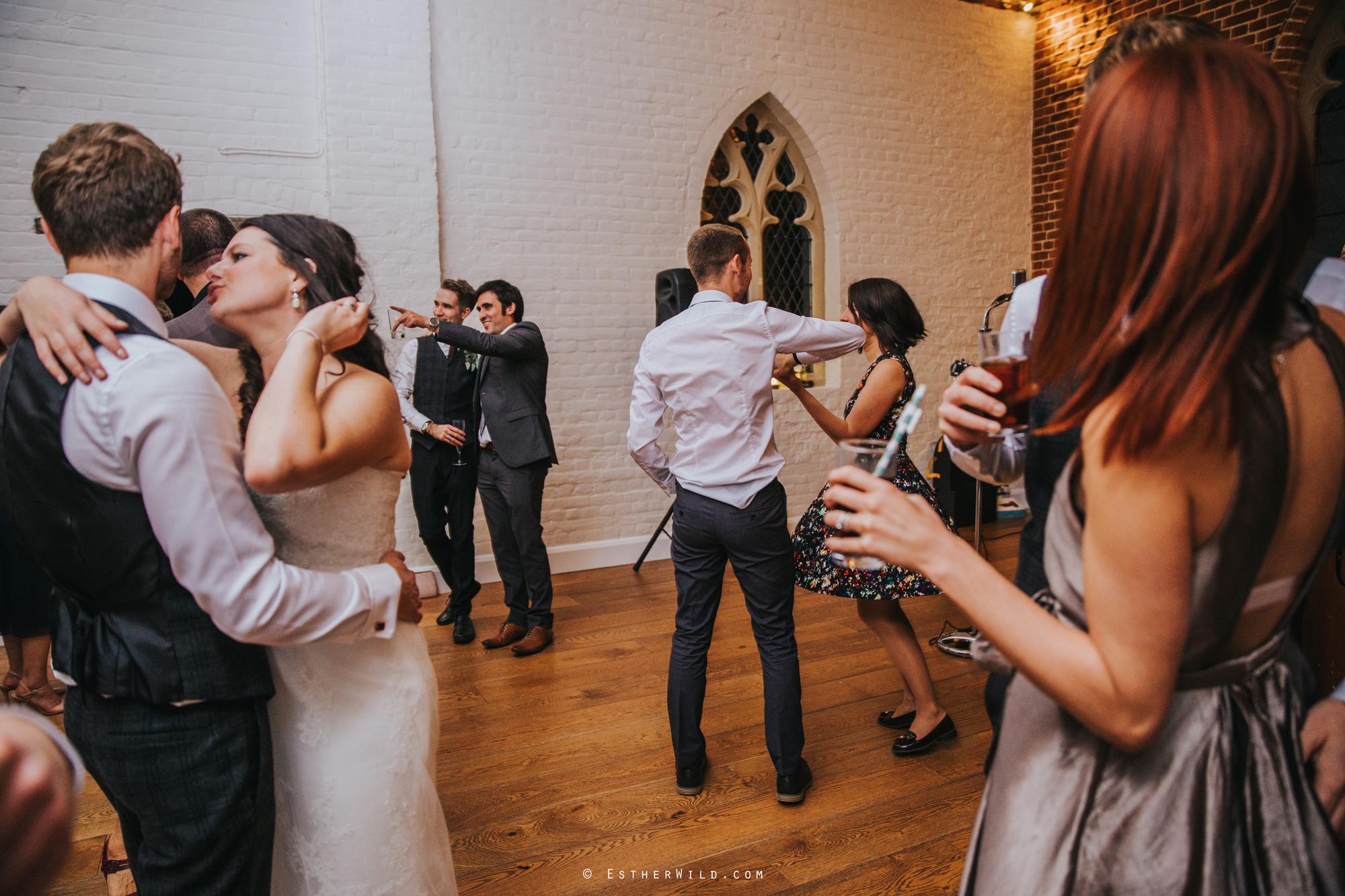 Reading_Room_Weddings_Alby_Norwich_Photographer_Esther_Wild_IMG_4077.jpg