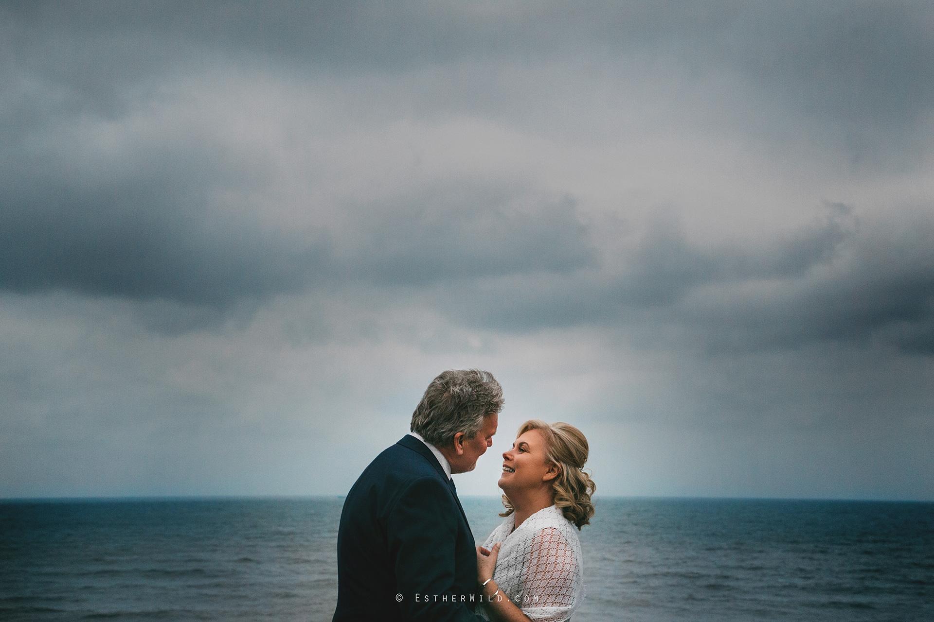 0217_Cromer_North_Lodge_Rocket_House_Wedding_Esther_Wild_IMG_4384.jpg