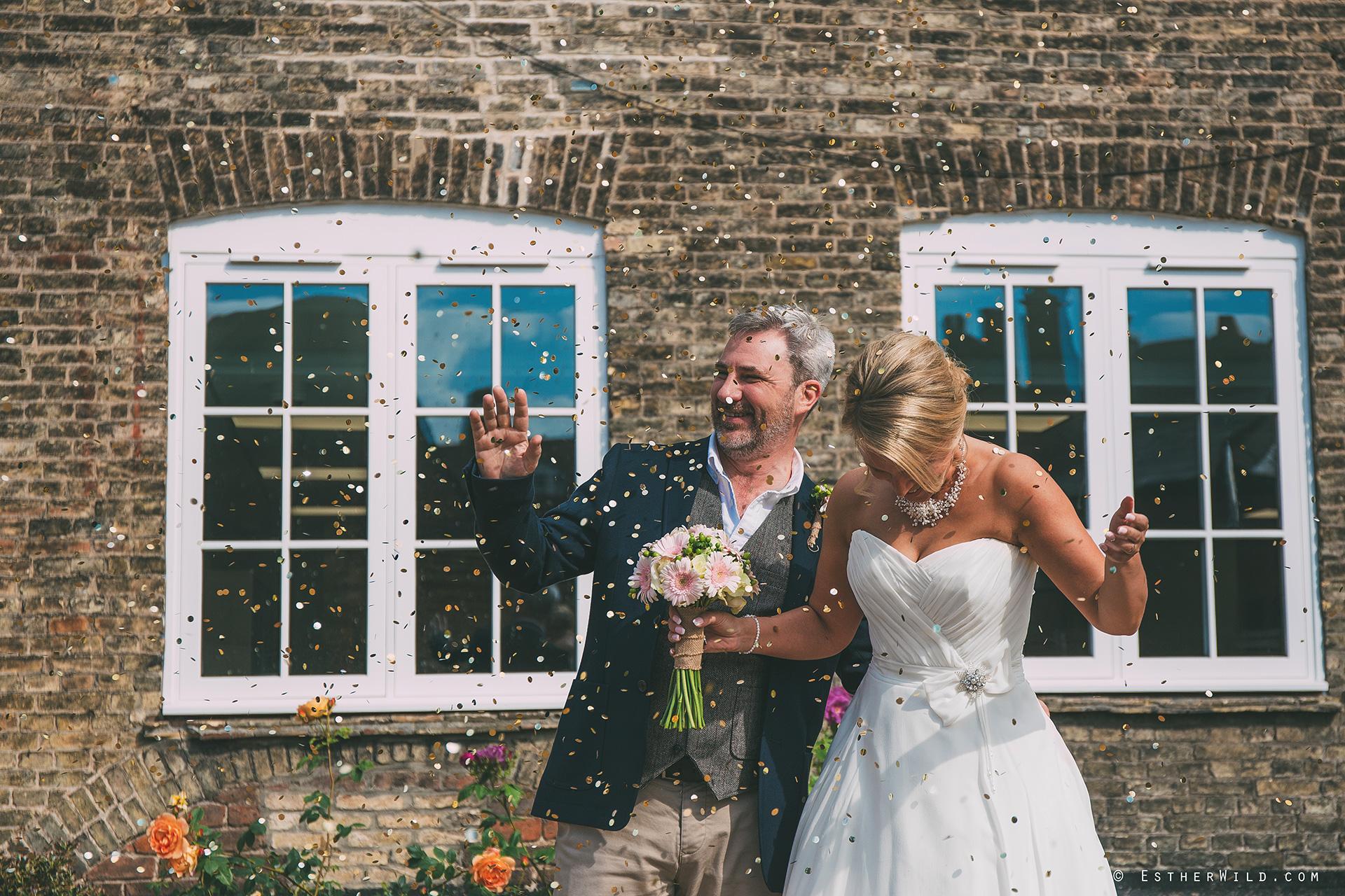 0517_Kings_Lynn_Town_Hall_Stuart_House_Wedding_Photographer_IMG_8616.jpg