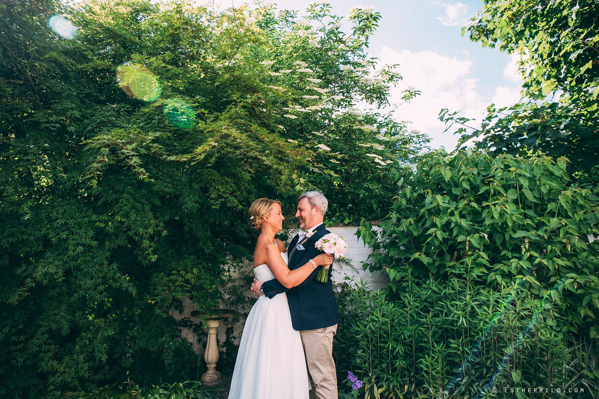 0517_Kings_Lynn_Town_Hall_Stuart_House_Wedding_Photographer_IMG_8695.jpg