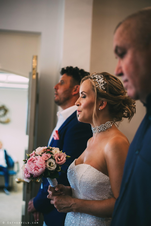 0617_Kings_Lynn_Town_Hall_Norfolk_Wedding_Photography_Esther_Wild_IMG_3625.jpg