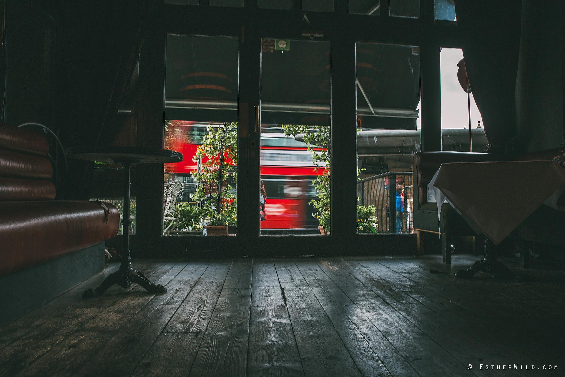 0617_London_Croydon_Clapham_Wedding_Photographer_Esther_Wild_Photography_IMG_5922.jpg