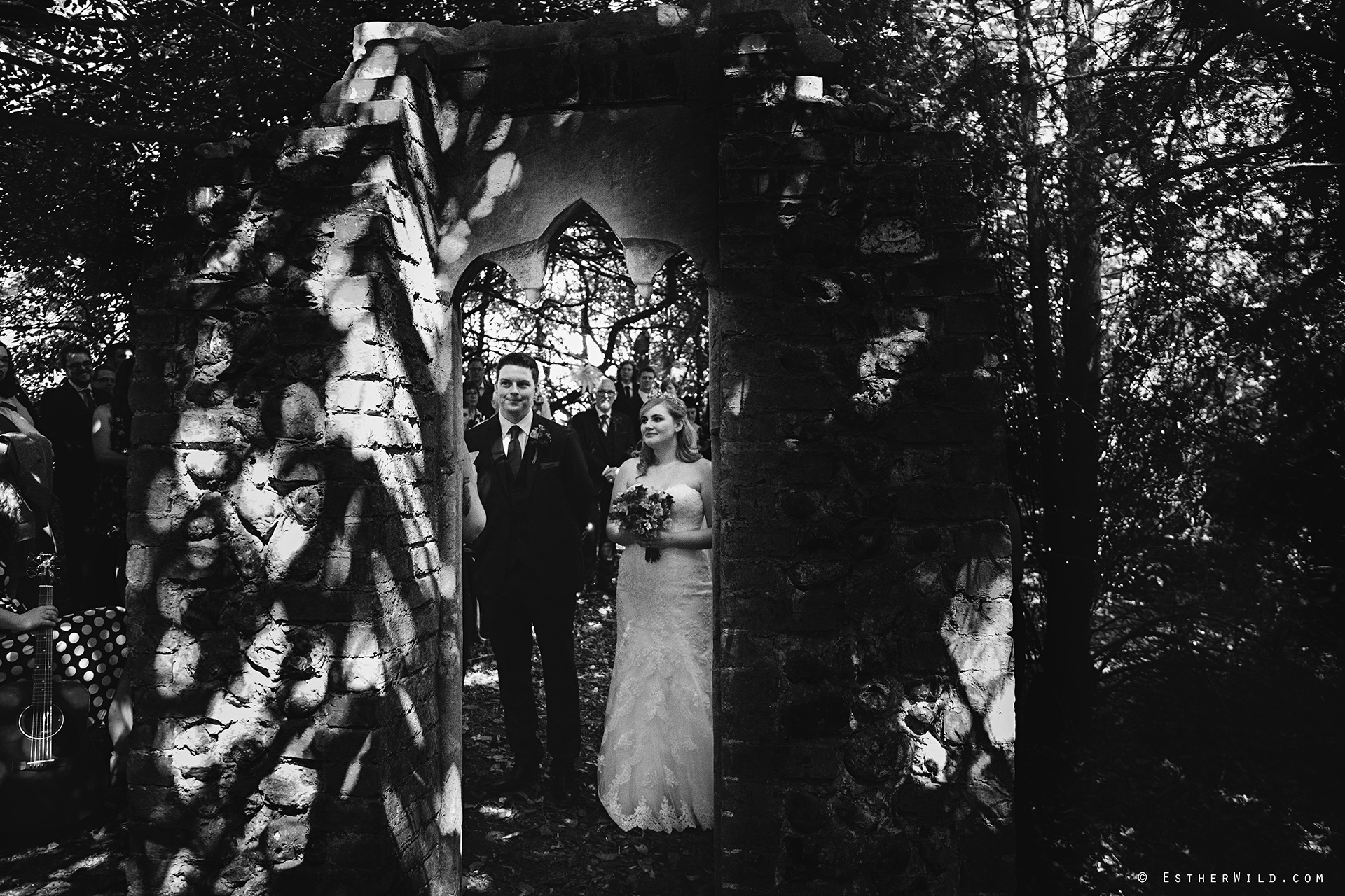 0617_Mannington_Hall_Gardens_Wedding_Photography_Esther_Wild_IMG_0985-1.jpg
