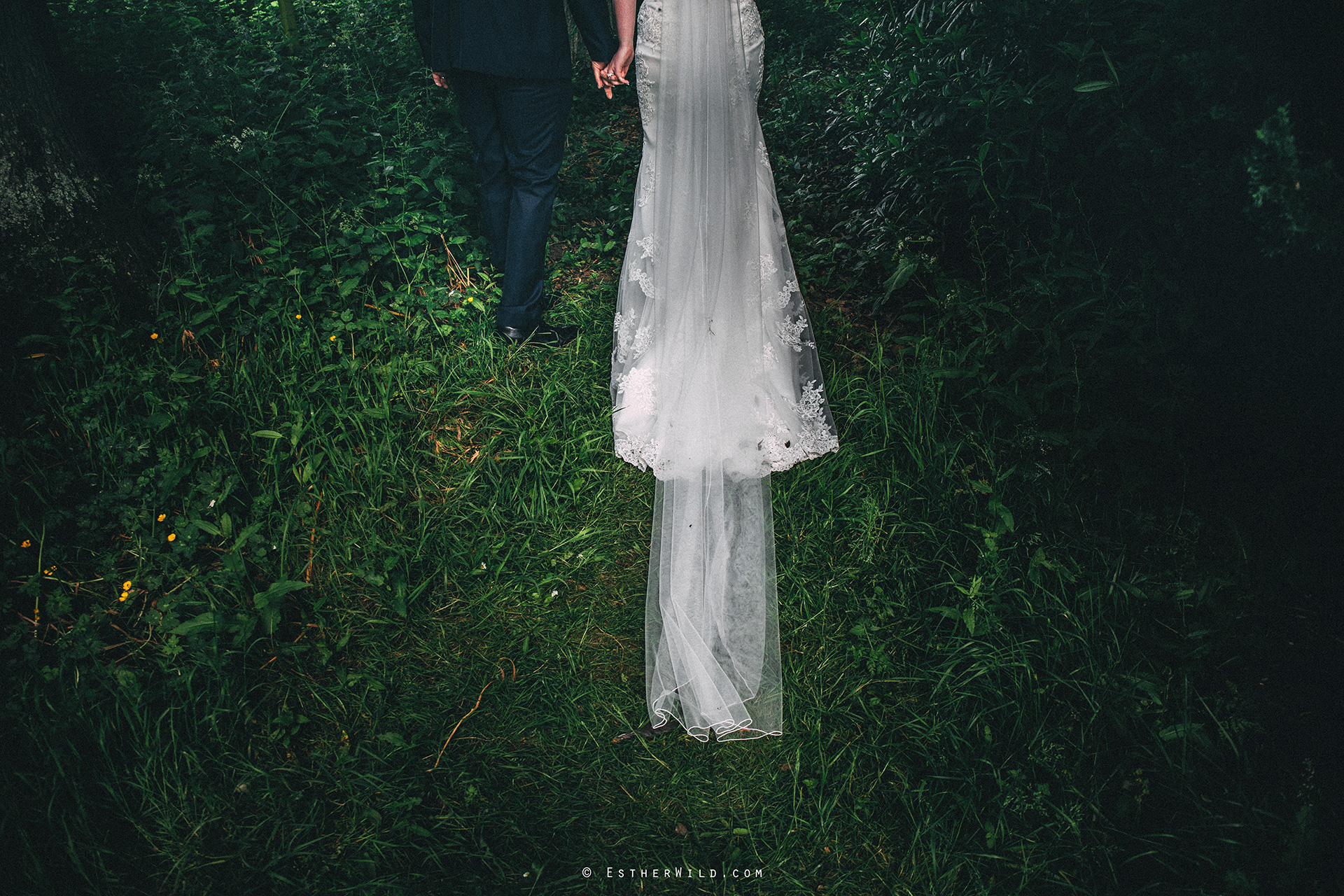 0617_Mannington_Hall_Gardens_Wedding_Photography_Esther_Wild_IMG_1118.jpg