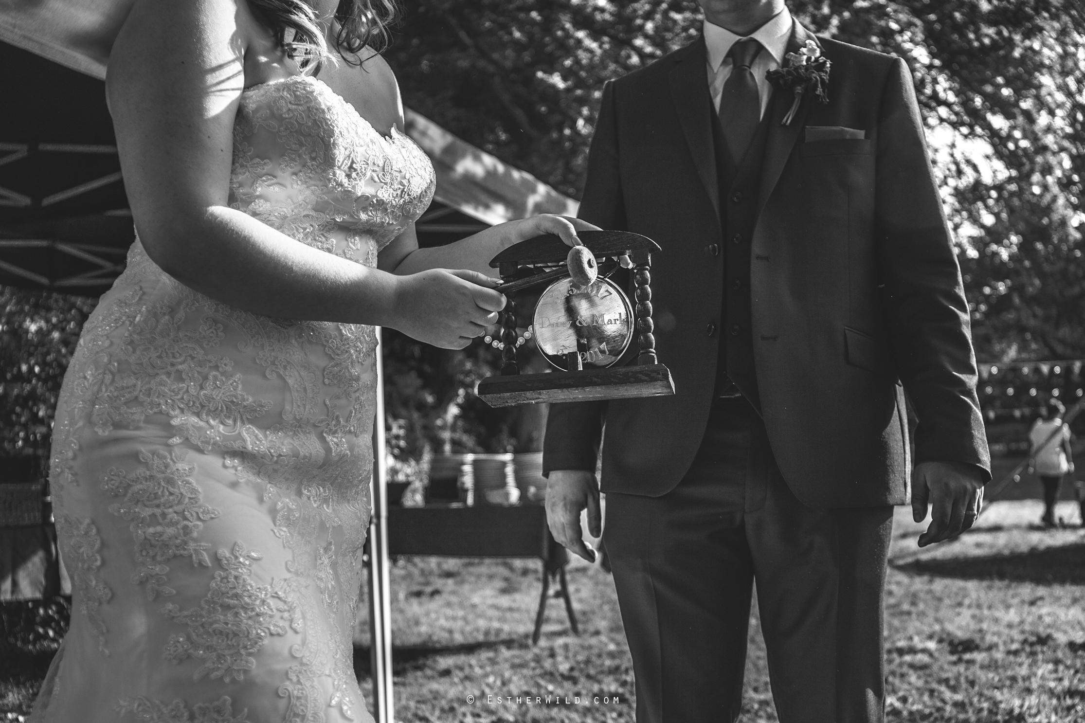 0617_Mannington_Hall_Gardens_Wedding_Photography_Esther_Wild_IMG_1977-1.jpg