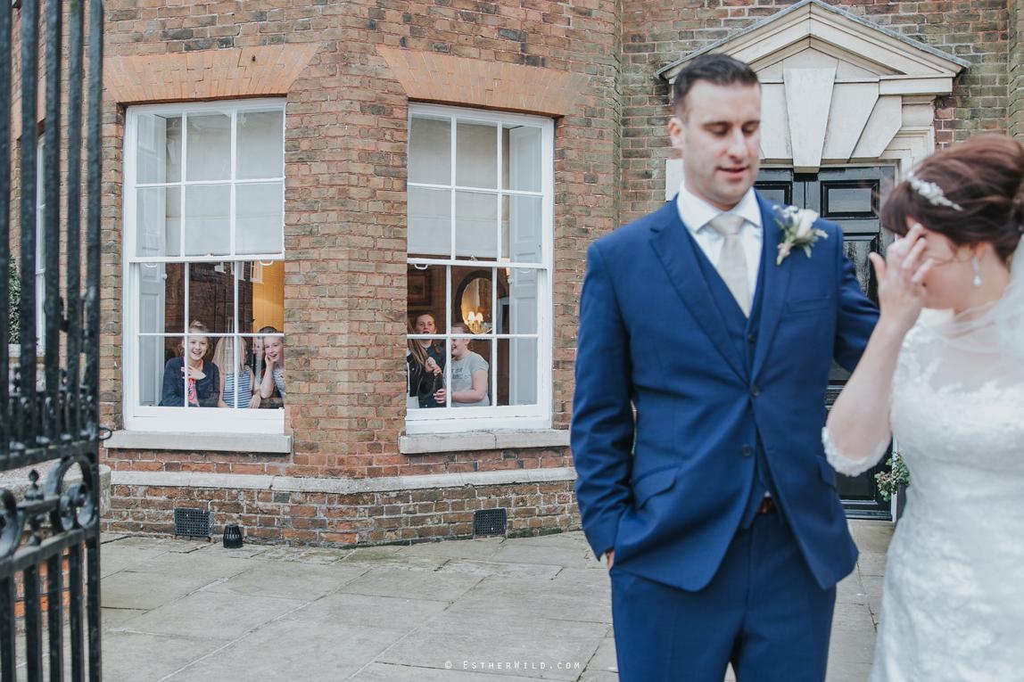 1017_Kings_Lynn_Town_Hall_Bank_House_Hotel_Wedding_Esther_Wild_PhotograpgherIMG_5714.jpg