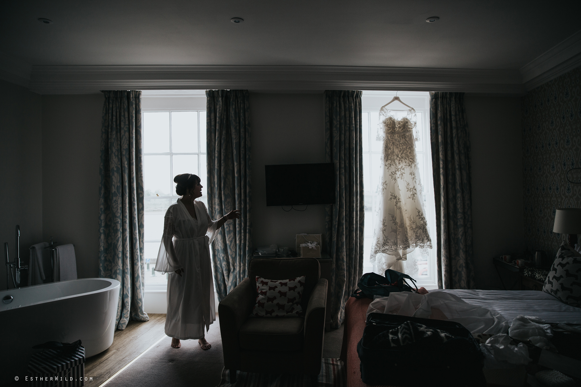 1017_Kings_Lynn_Town_Hall_Bank_House_Hotel_Wedding_Esther_Wild_PhotograpgherKings_Lynn_Town_Hall_Bank_House_Hotel_Wedding_Esther_Wild_PhotograpgherIMG_4450.jpg