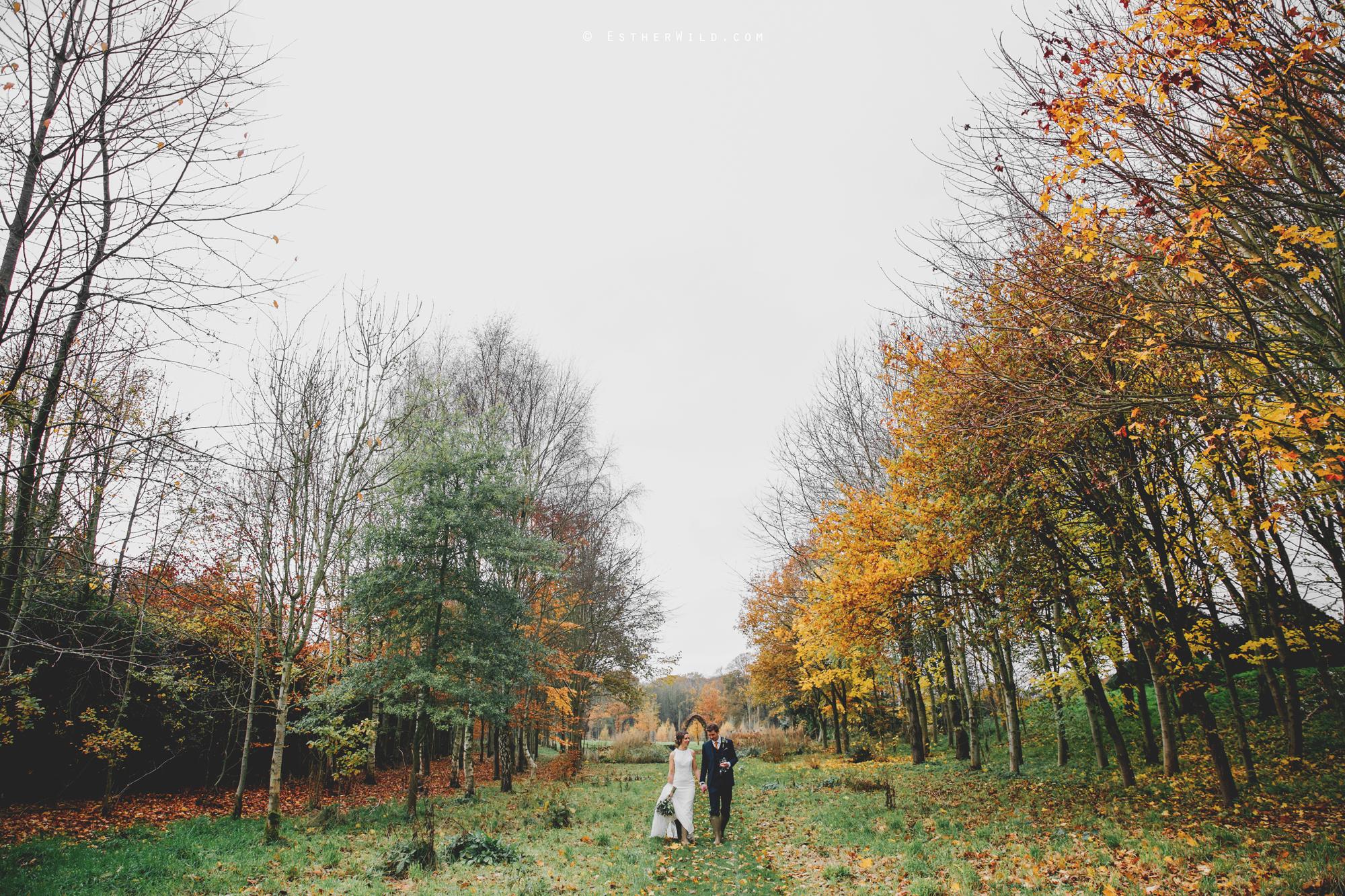 1117_Chaucer_Barn_Wedding_Photography_Esther_Wild_Norfolk_Photographer_IMG_1241.jpg