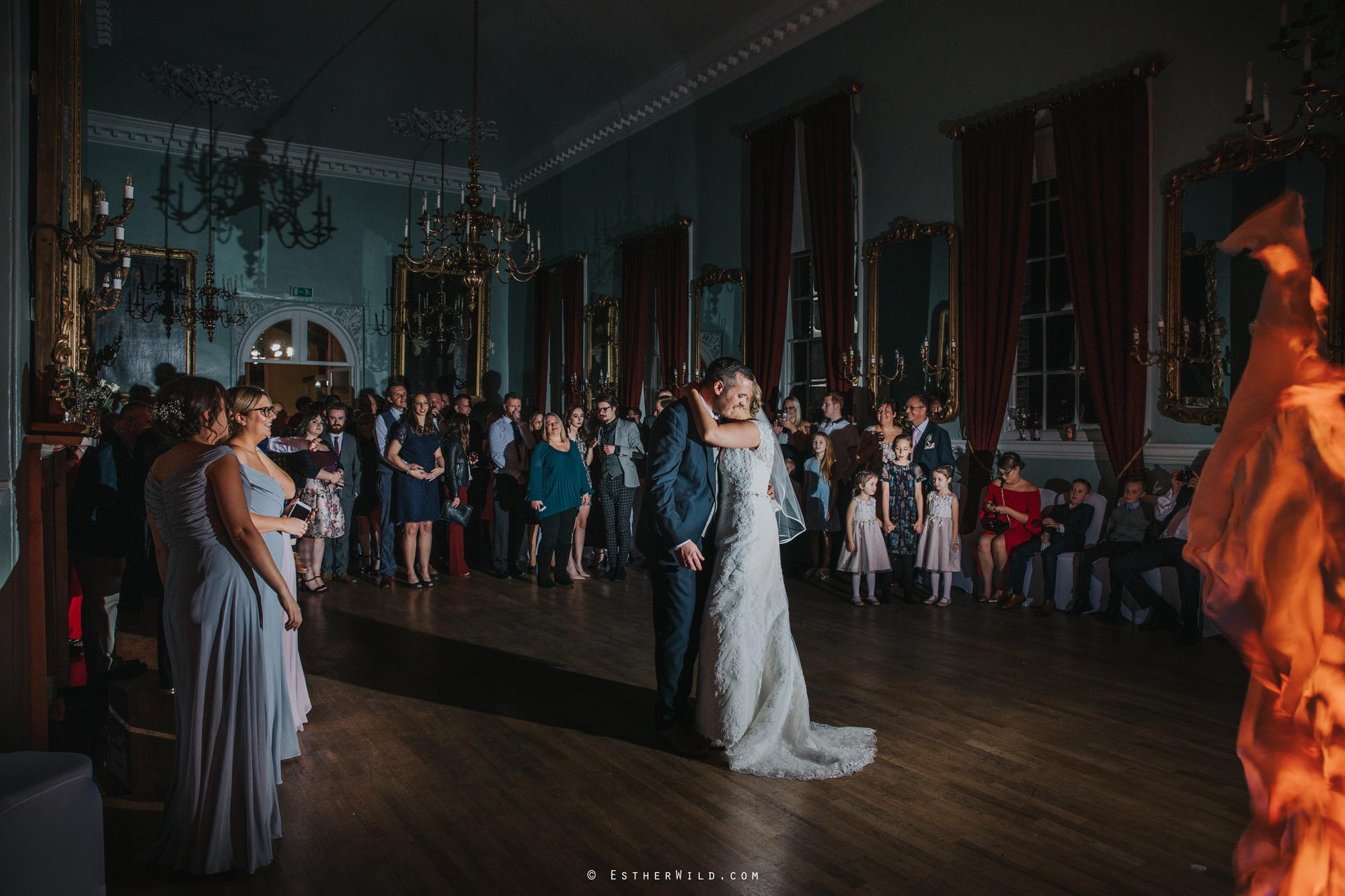 1117_Kings_Lynn_Town_Hall_Wedding_Esther_Wild_PhotographerIMGL0800.jpg