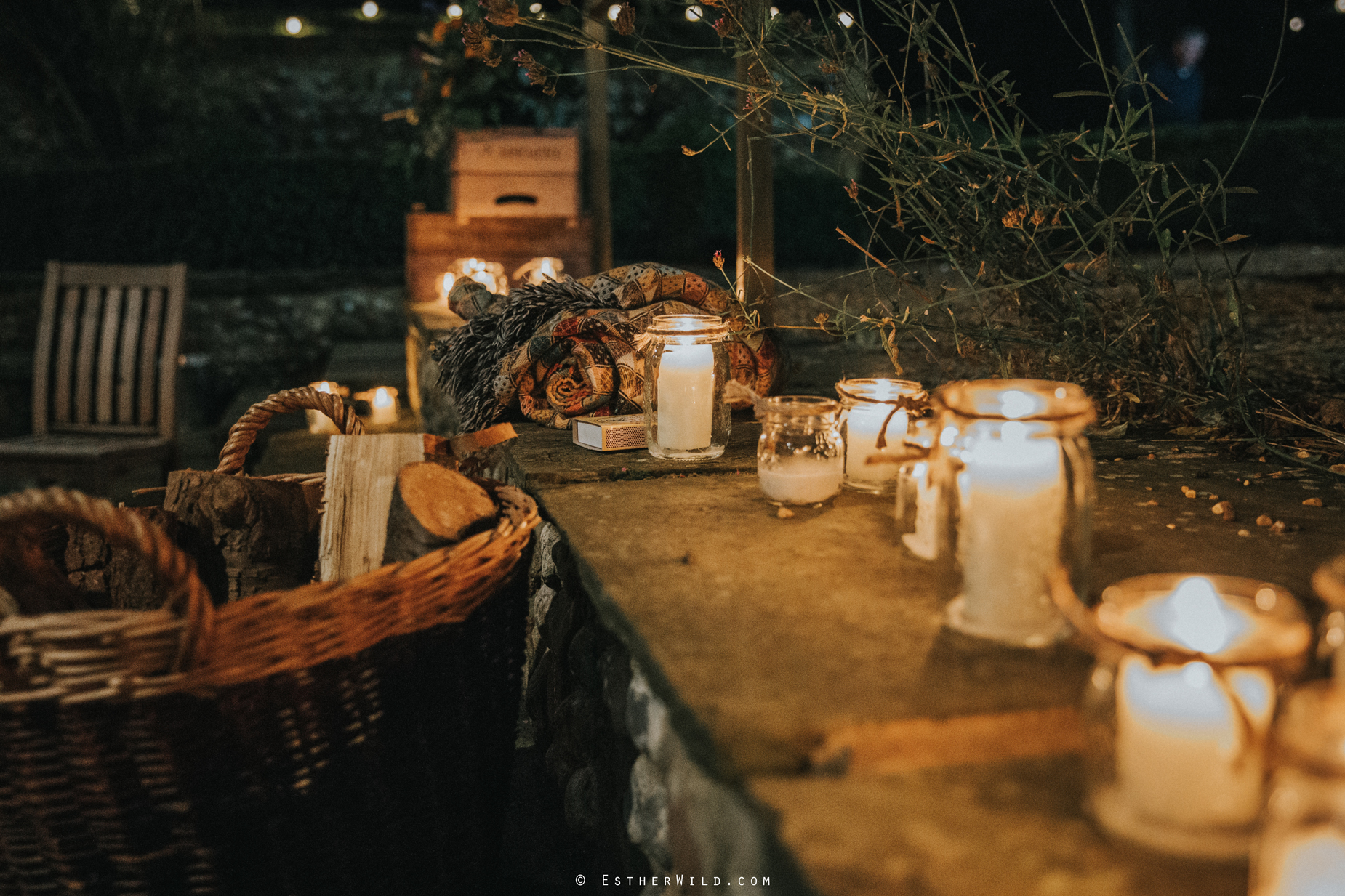 Wedding_Photographer_Chaucer_Barn_Holt_Norfolk_Country_Rustic_Venue_Copyright_Esther_Wild_IMG_2042.jpg