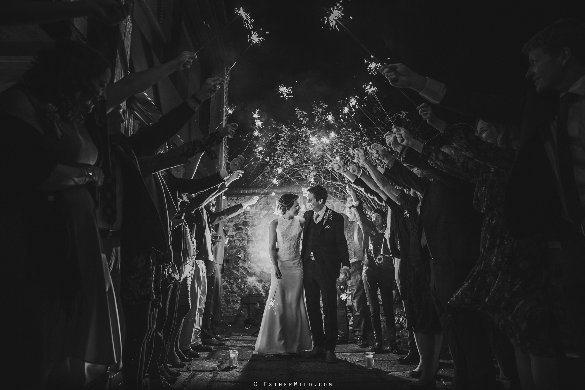 Wedding_Photographer_Chaucer_Barn_Holt_Norfolk_Country_Rustic_Venue_Copyright_Esther_Wild_IMG_2125-2.jpg