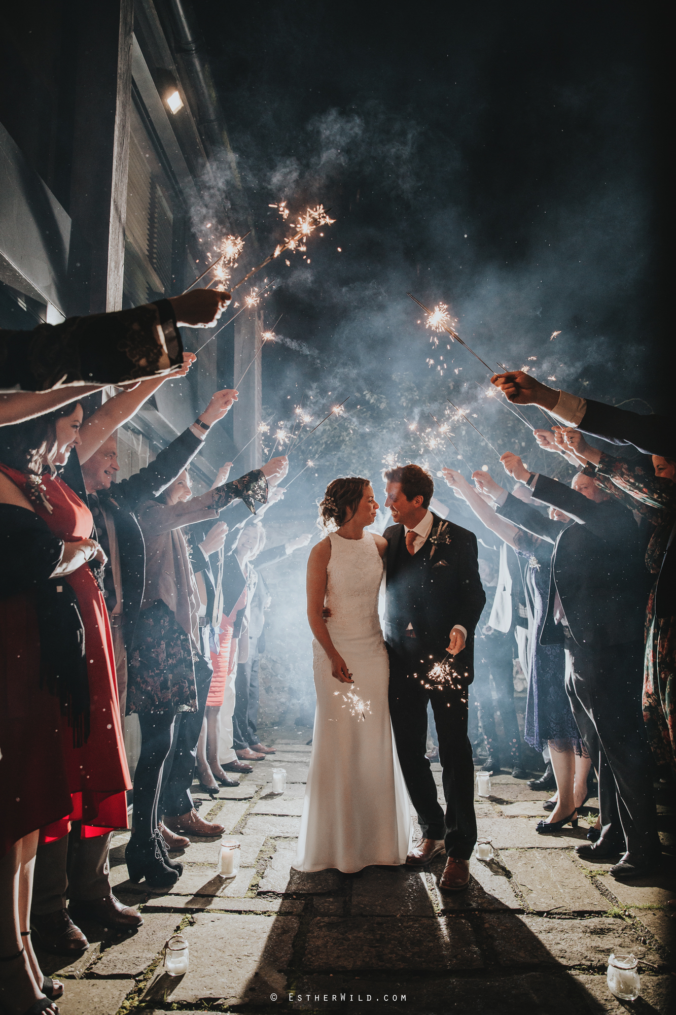 Wedding_Photographer_Chaucer_Barn_Holt_Norfolk_Country_Rustic_Venue_Copyright_Esther_Wild_IMG_2153.jpg