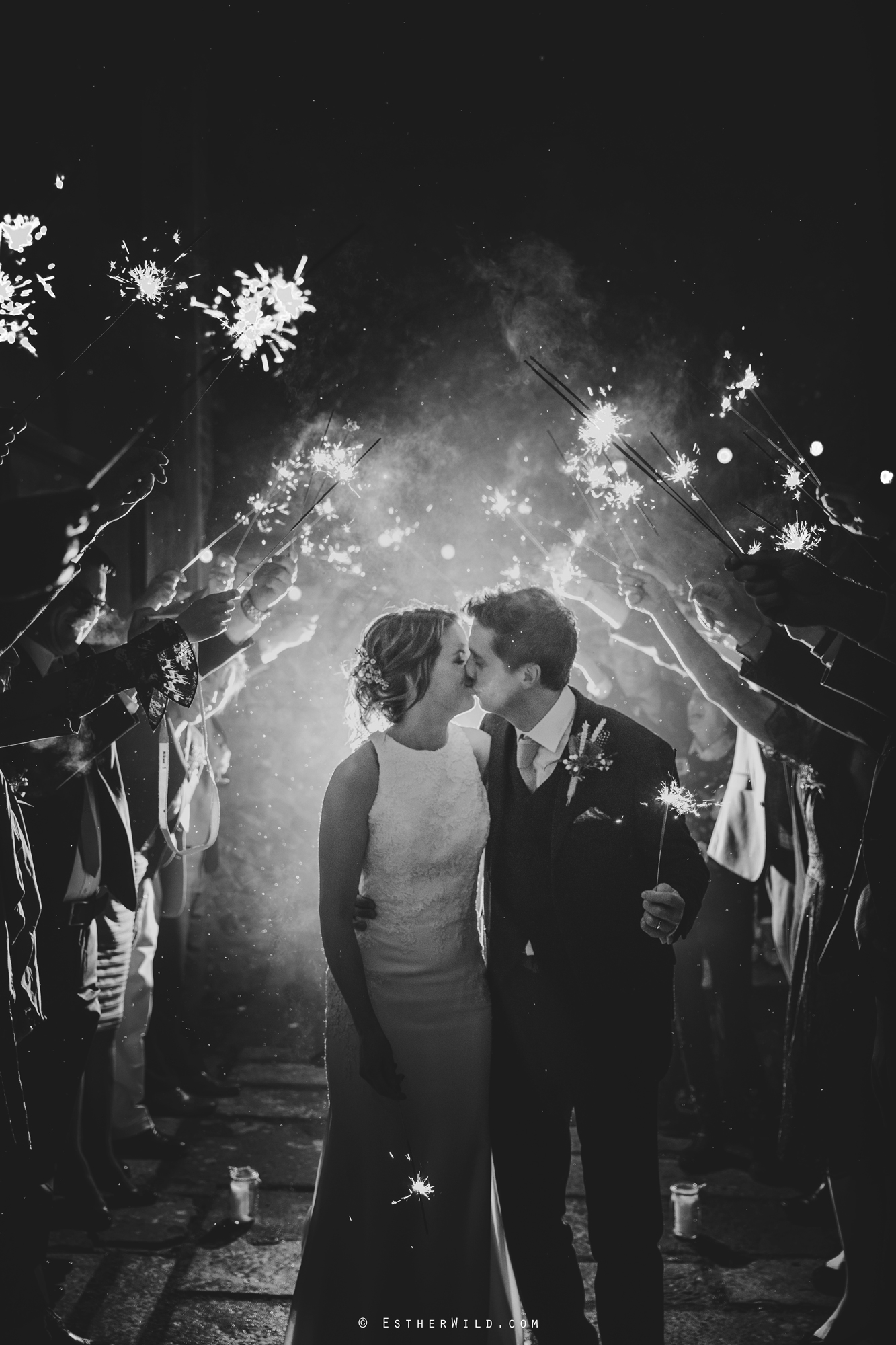 Wedding_Photographer_Chaucer_Barn_Holt_Norfolk_Country_Rustic_Venue_Copyright_Esther_Wild_IMG_2163.jpg