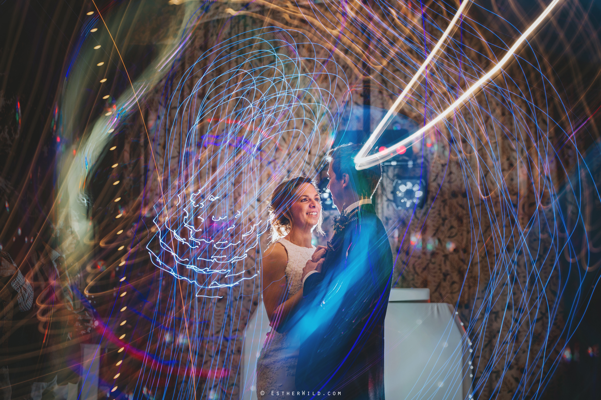 Wedding_Photographer_Chaucer_Barn_Holt_Norfolk_Country_Rustic_Venue_Copyright_Esther_Wild_IMG_2409.jpg