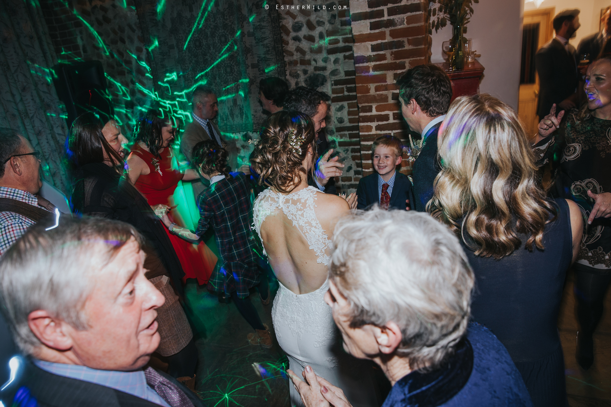 Wedding_Photographer_Chaucer_Barn_Holt_Norfolk_Country_Rustic_Venue_Copyright_Esther_Wild_IMG_2444.jpg