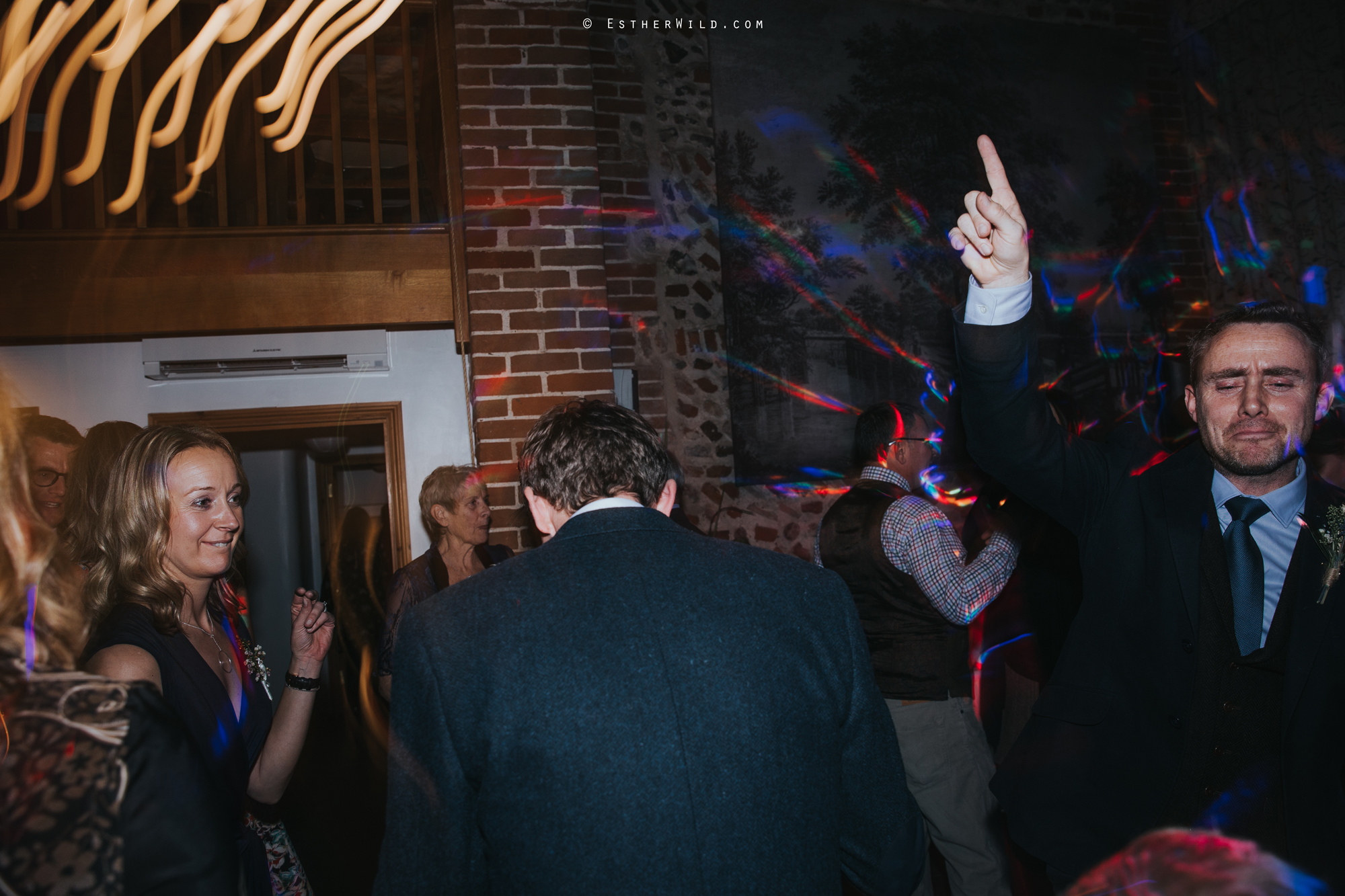 Wedding_Photographer_Chaucer_Barn_Holt_Norfolk_Country_Rustic_Venue_Copyright_Esther_Wild_IMG_2454.jpg