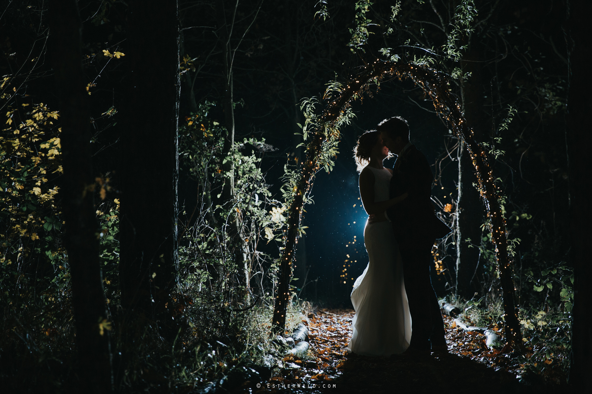 Wedding_Photographer_Chaucer_Barn_Holt_Norfolk_Country_Rustic_Venue_Copyright_Esther_Wild_IMG_2533.jpg