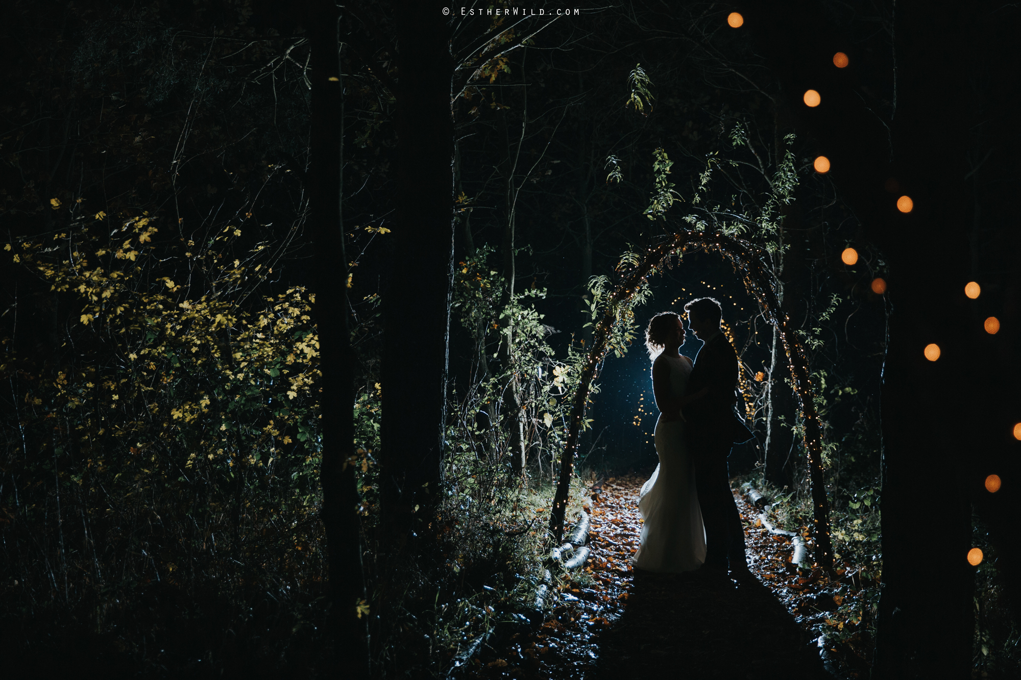 Wedding_Photographer_Chaucer_Barn_Holt_Norfolk_Country_Rustic_Venue_Copyright_Esther_Wild_IMG_2538.jpg