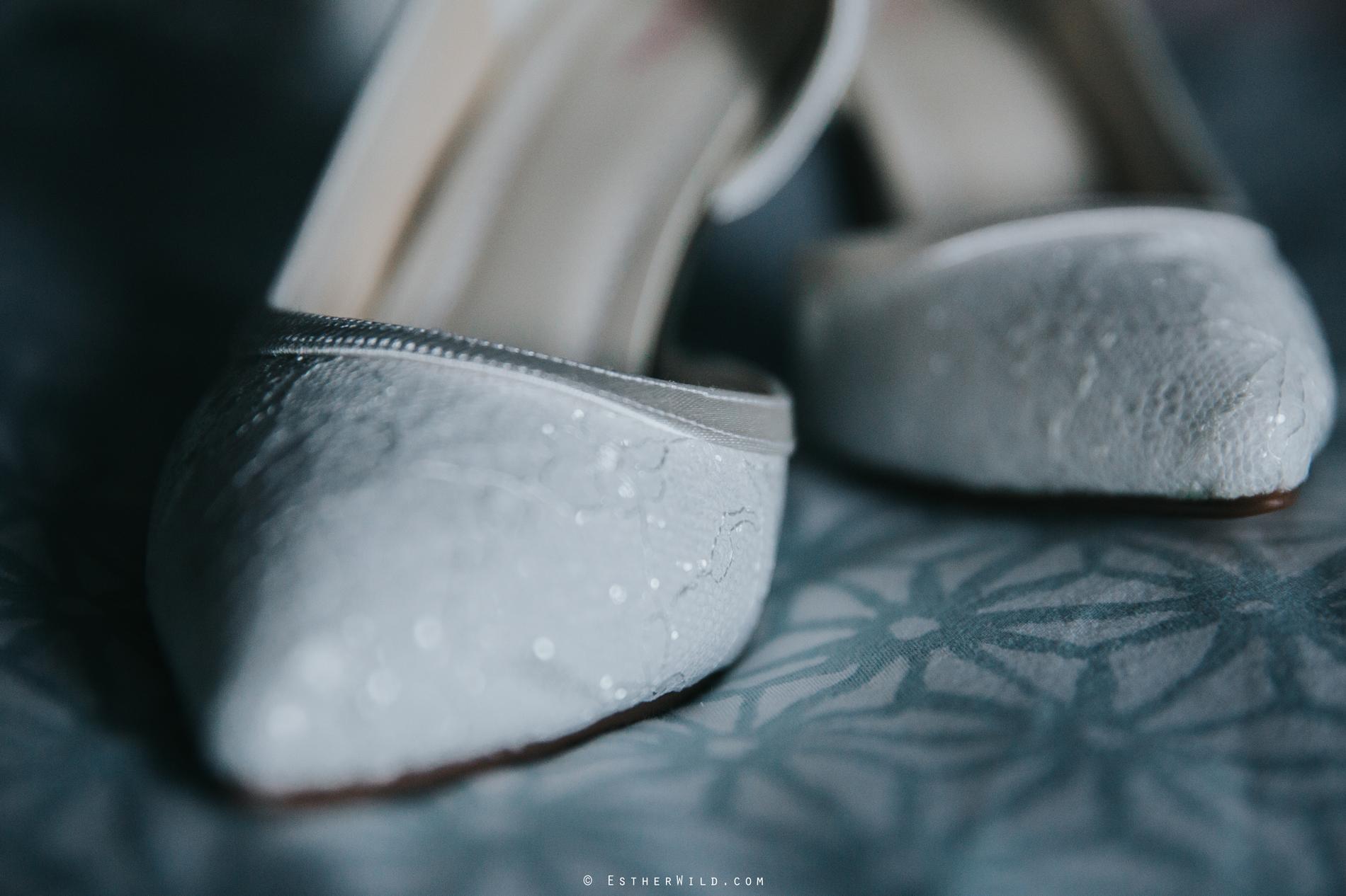 Wedding_Photography_Diss_Gawdy_Hall_Redenhall_Church_Norfolk_Winter_Esther_Wild_Copyright_IMG_0113.jpg