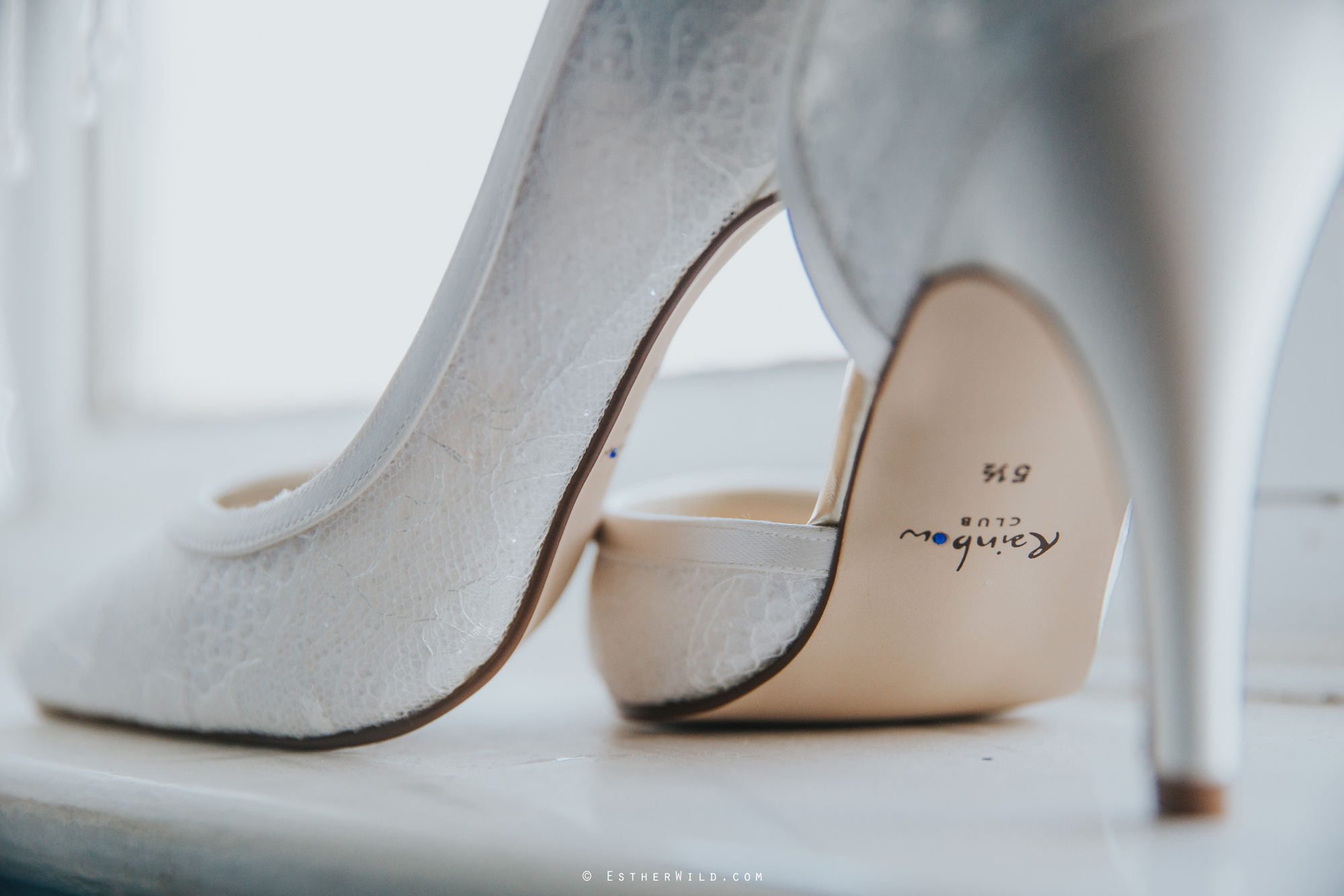 Wedding_Photography_Diss_Gawdy_Hall_Redenhall_Church_Norfolk_Winter_Esther_Wild_Copyright_IMG_0120.jpg