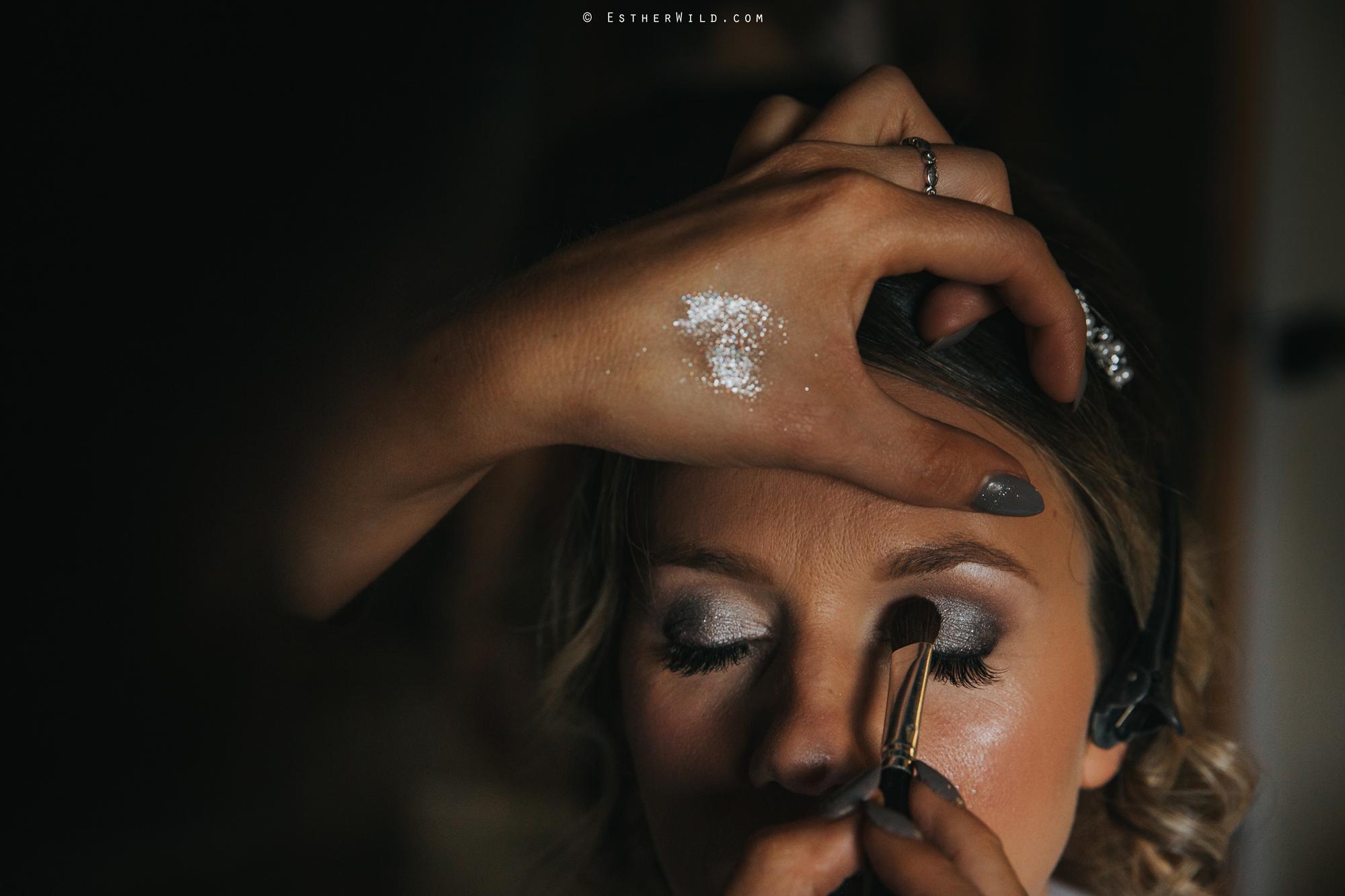 Wedding_Photography_Diss_Gawdy_Hall_Redenhall_Church_Norfolk_Winter_Esther_Wild_Copyright_IMG_0561.jpg