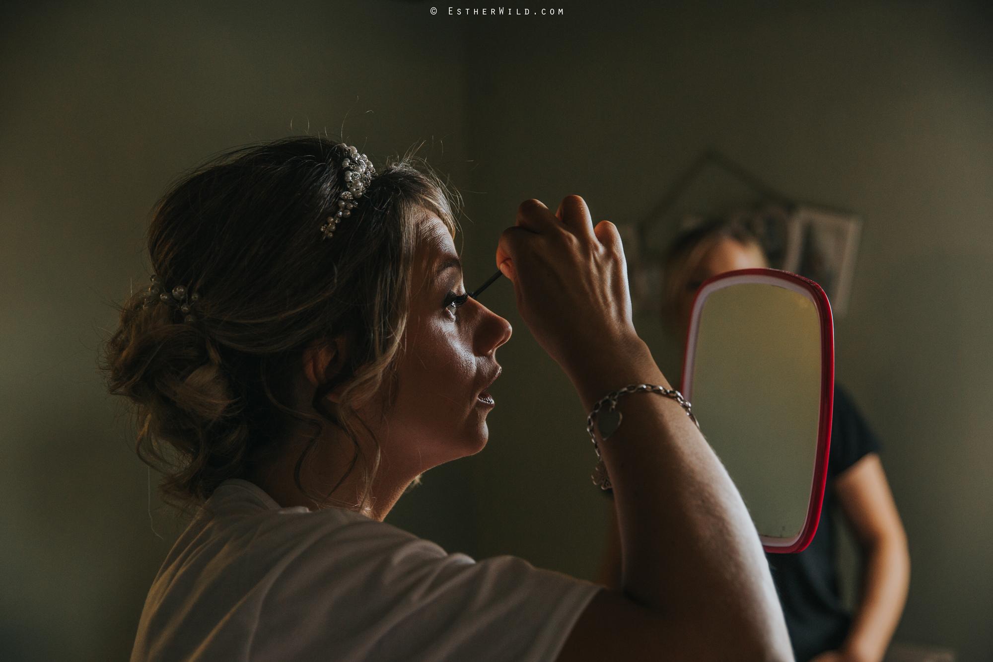Wedding_Photography_Diss_Gawdy_Hall_Redenhall_Church_Norfolk_Winter_Esther_Wild_Copyright_IMG_0622.jpg