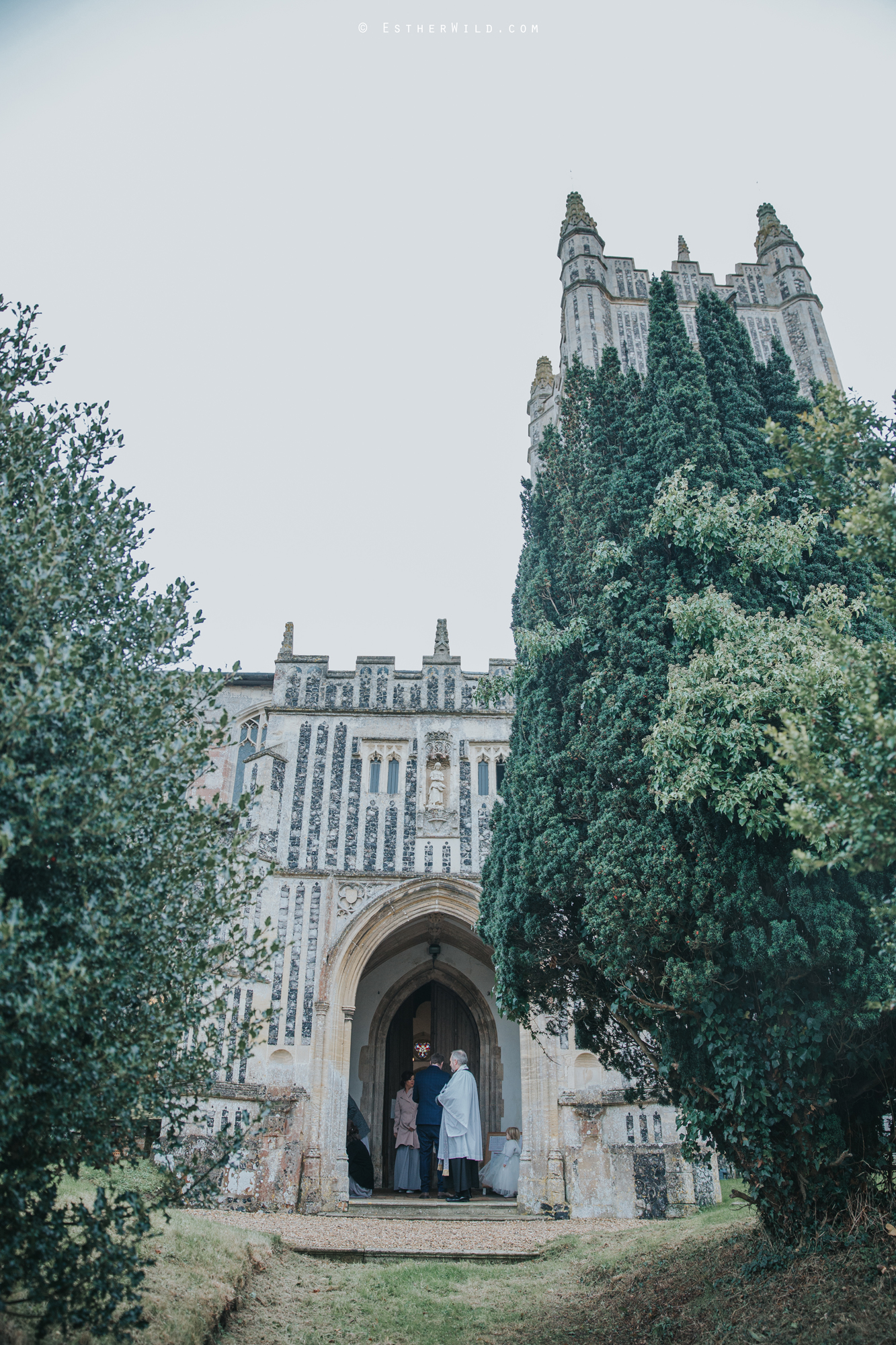 Wedding_Photography_Diss_Gawdy_Hall_Redenhall_Church_Norfolk_Winter_Esther_Wild_Copyright_IMG_1029.jpg
