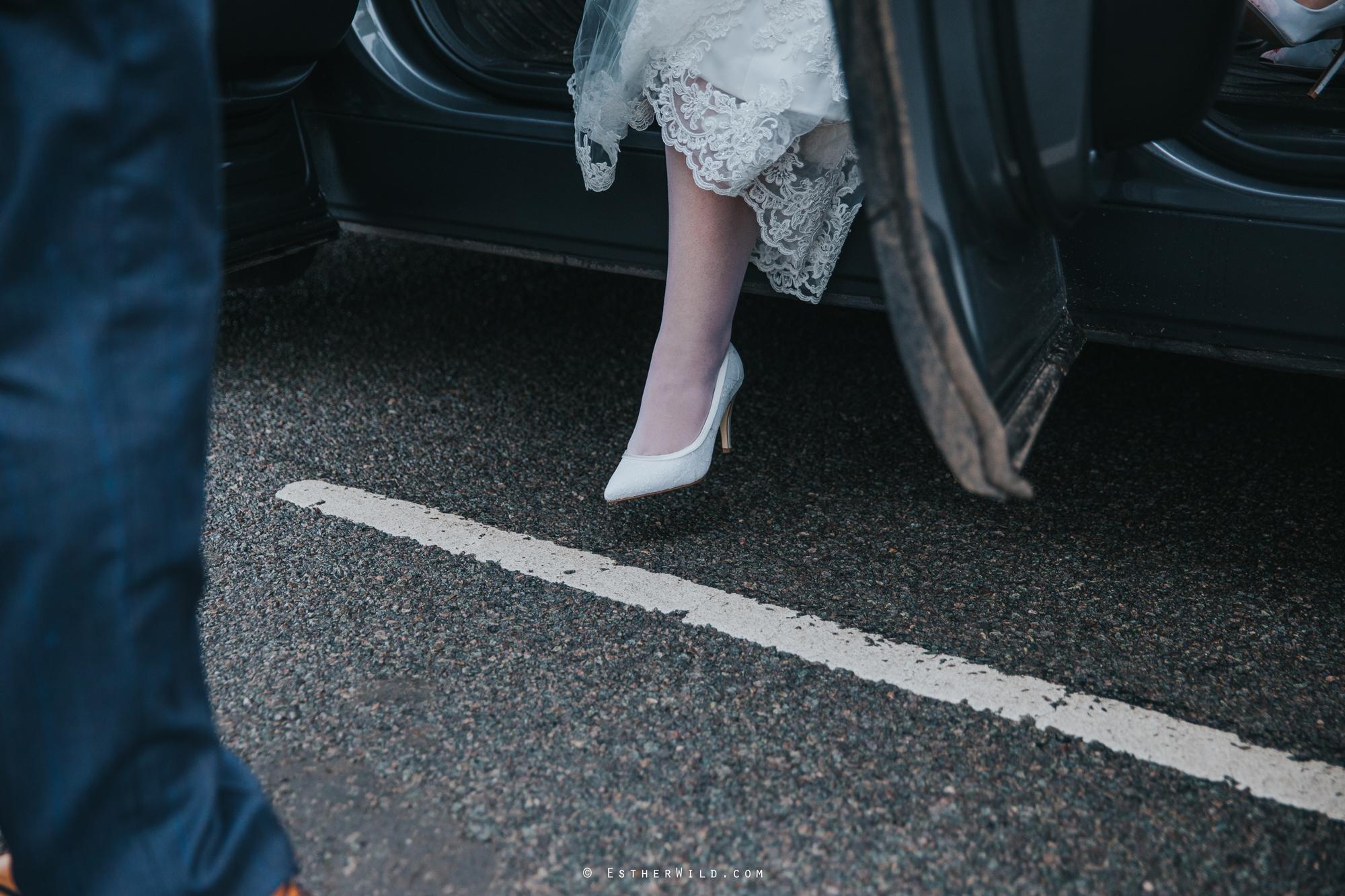 Wedding_Photography_Diss_Gawdy_Hall_Redenhall_Church_Norfolk_Winter_Esther_Wild_Copyright_IMG_1033.jpg