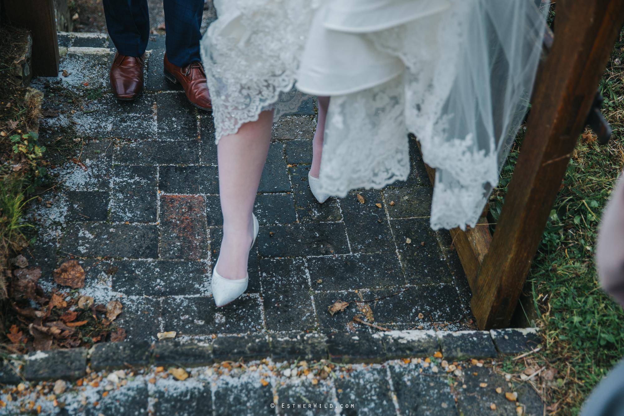 Wedding_Photography_Diss_Gawdy_Hall_Redenhall_Church_Norfolk_Winter_Esther_Wild_Copyright_IMG_1045.jpg