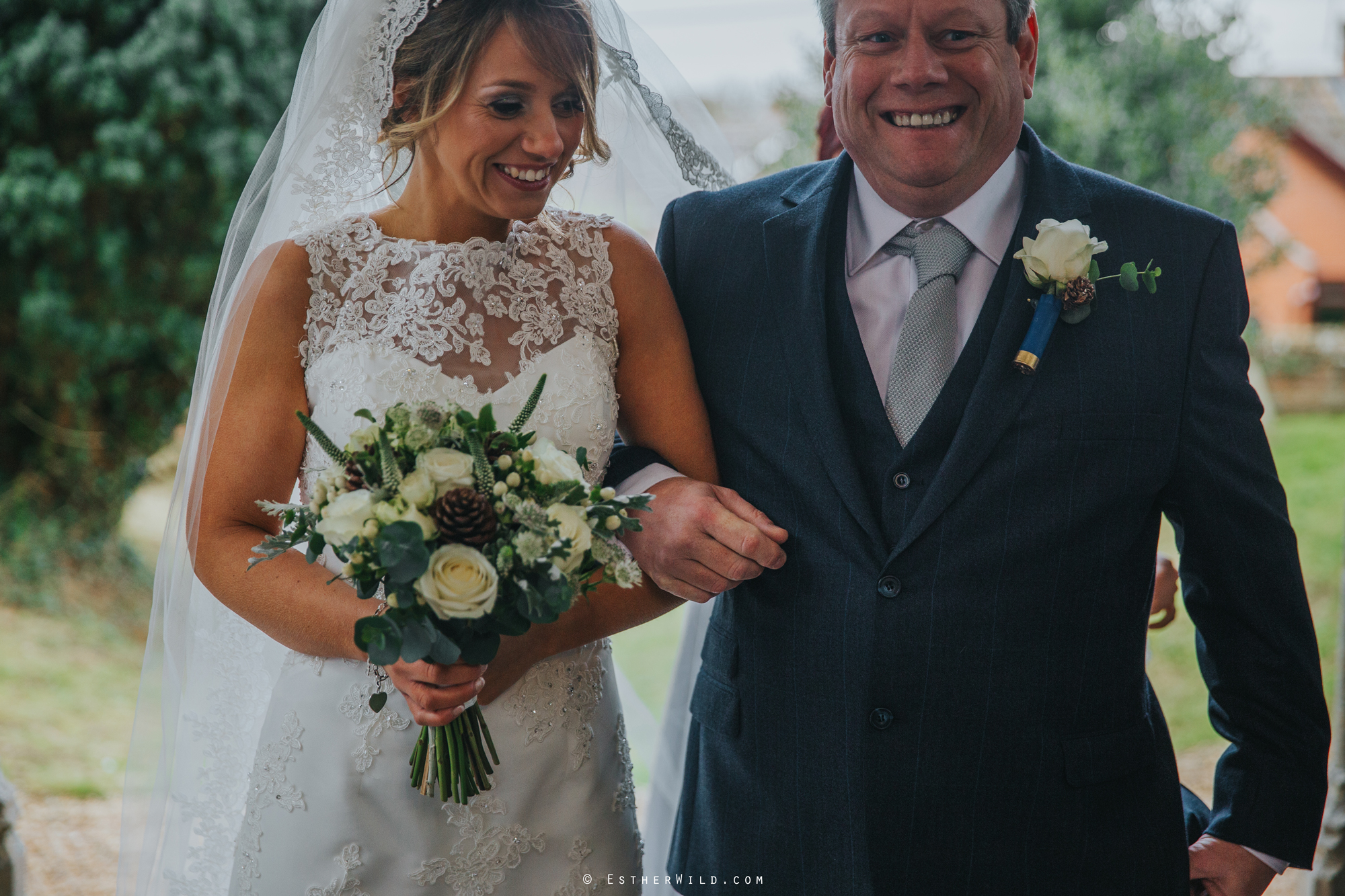 Wedding_Photography_Diss_Gawdy_Hall_Redenhall_Church_Norfolk_Winter_Esther_Wild_Copyright_IMG_1065.jpg
