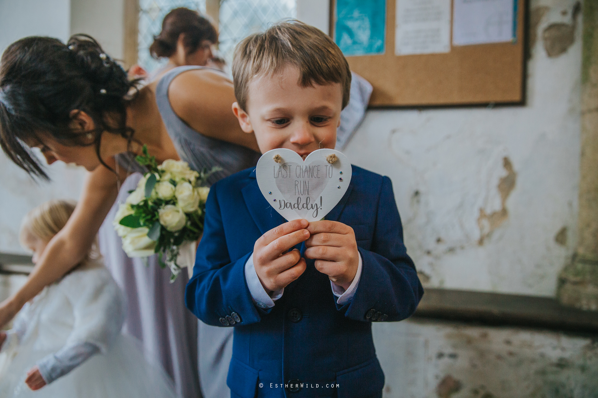 Wedding_Photography_Diss_Gawdy_Hall_Redenhall_Church_Norfolk_Winter_Esther_Wild_Copyright_IMG_1071.jpg
