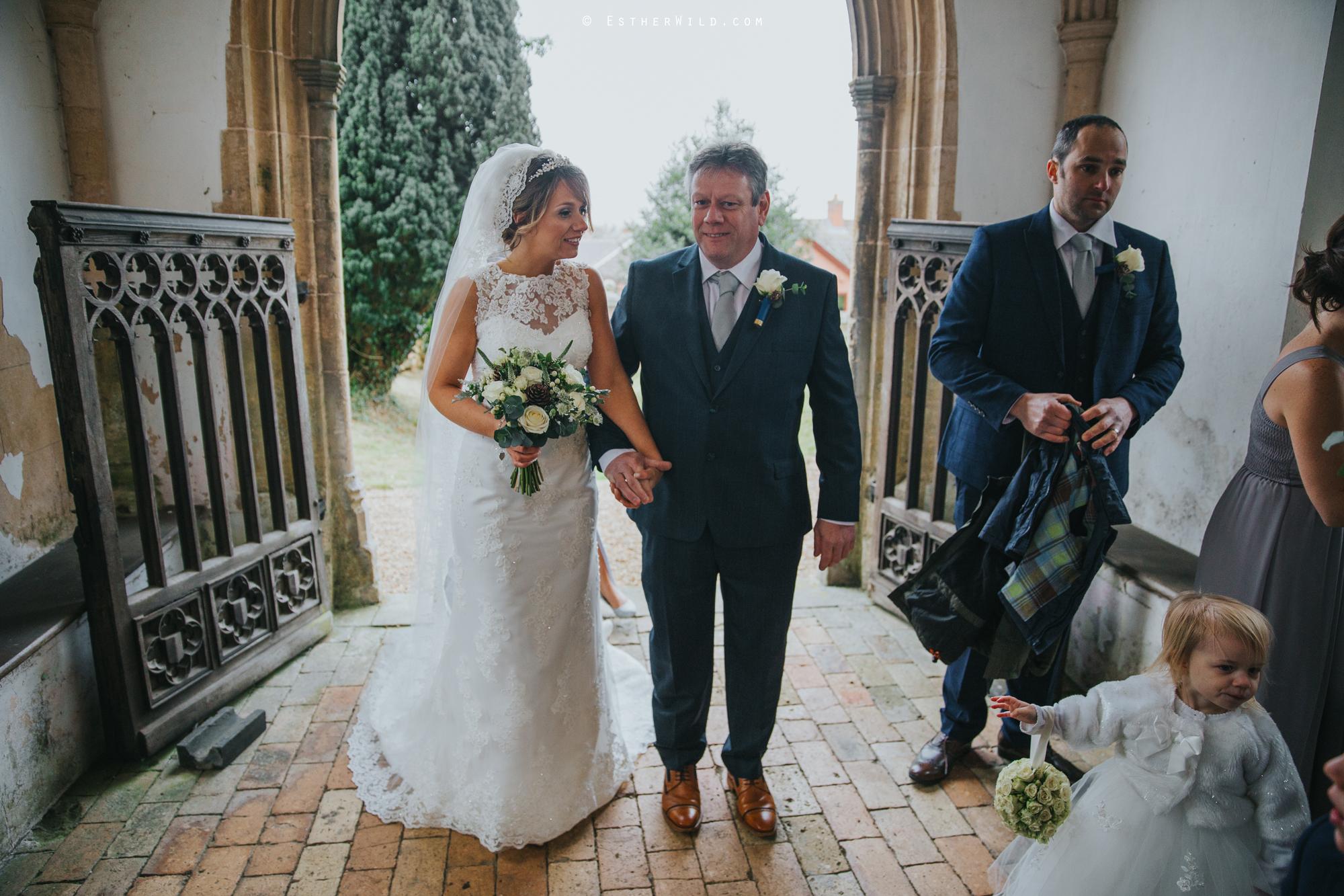 Wedding_Photography_Diss_Gawdy_Hall_Redenhall_Church_Norfolk_Winter_Esther_Wild_Copyright_IMG_1064.jpg