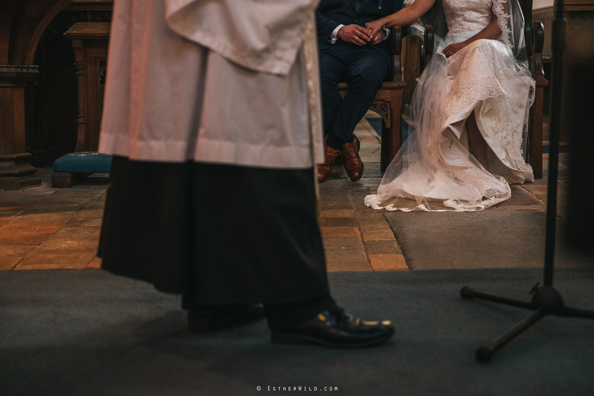Wedding_Photography_Diss_Gawdy_Hall_Redenhall_Church_Norfolk_Winter_Esther_Wild_Copyright_IMG_1211.jpg