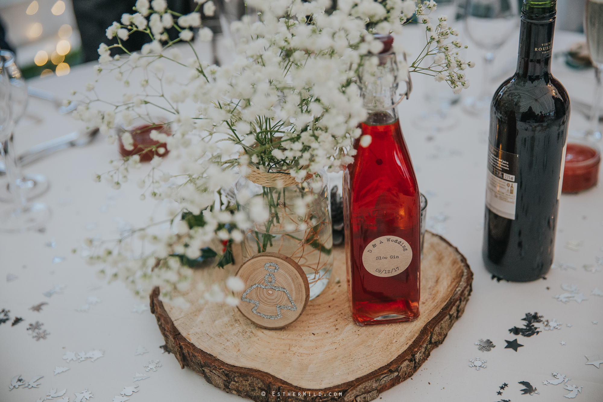 Wedding_Photography_Diss_Gawdy_Hall_Redenhall_Church_Norfolk_Winter_Esther_Wild_Copyright_IMG_1568.jpg