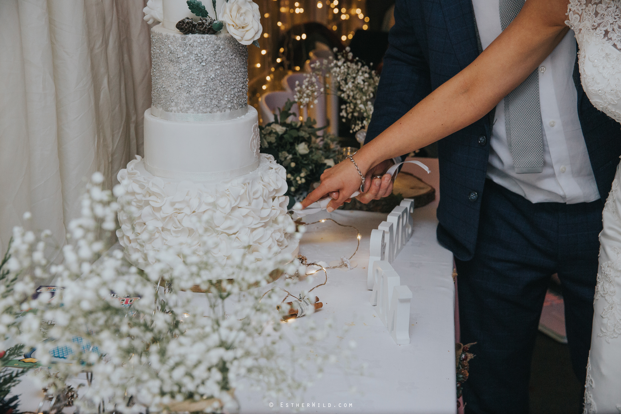 Wedding_Photography_Diss_Gawdy_Hall_Redenhall_Church_Norfolk_Winter_Esther_Wild_Copyright_IMG_2462.jpg