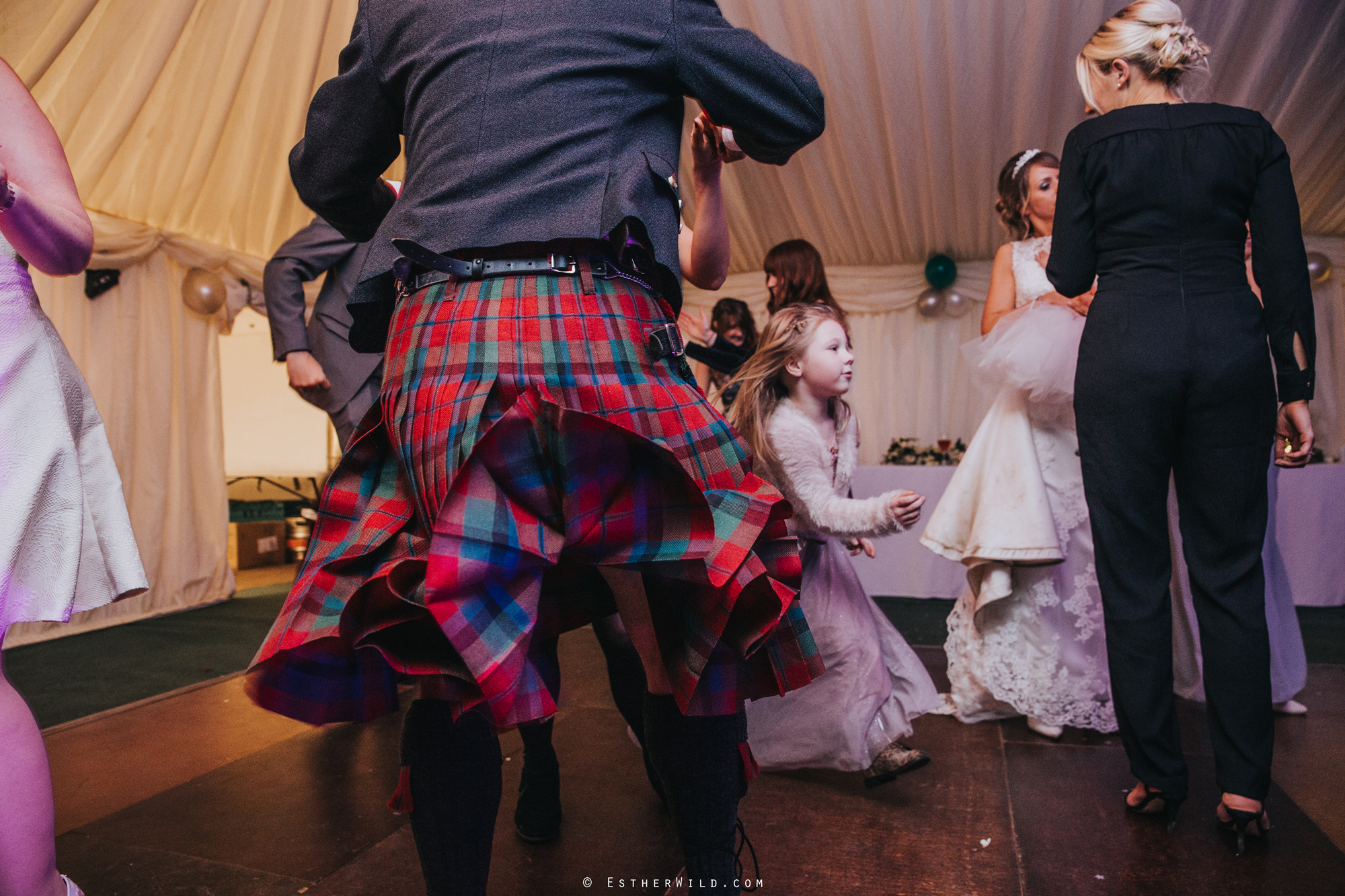 Wedding_Photography_Diss_Gawdy_Hall_Redenhall_Church_Norfolk_Winter_Esther_Wild_Copyright_IMG_2669.jpg