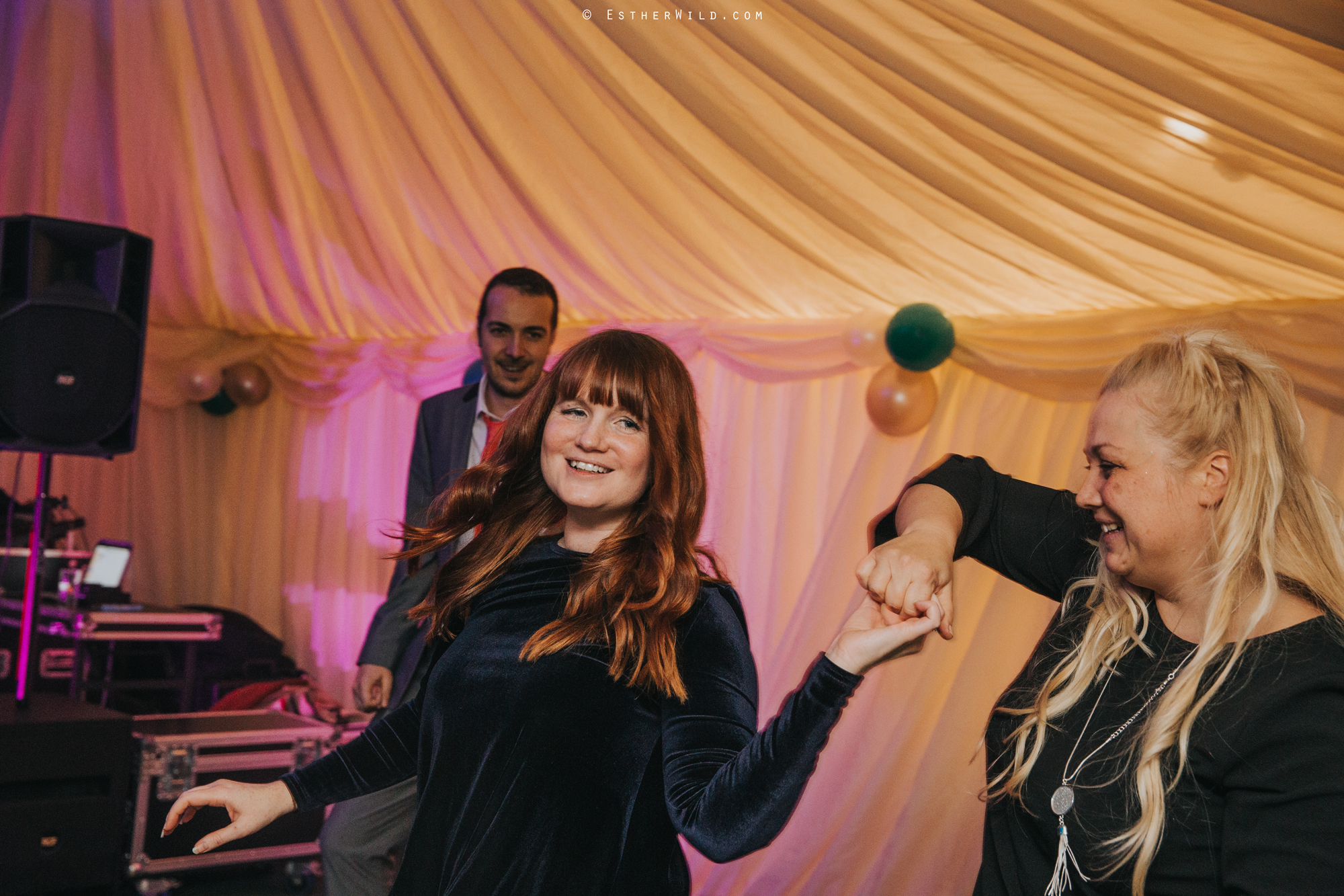 Wedding_Photography_Diss_Gawdy_Hall_Redenhall_Church_Norfolk_Winter_Esther_Wild_Copyright_IMG_2708.jpg