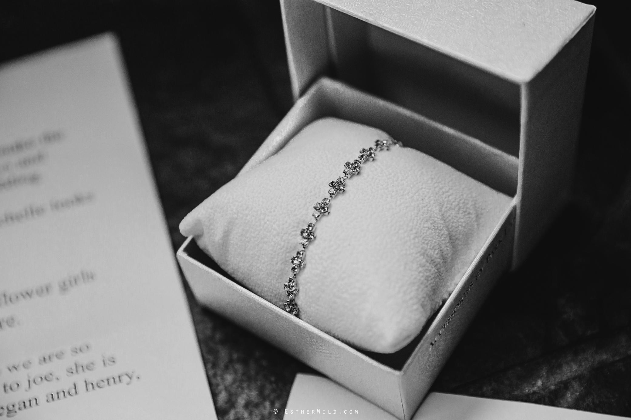 Wedding_Kings_Lynn_Town_Hall_Norfolk_Photographer_Esther_Wild_IMG_0118-1.jpg