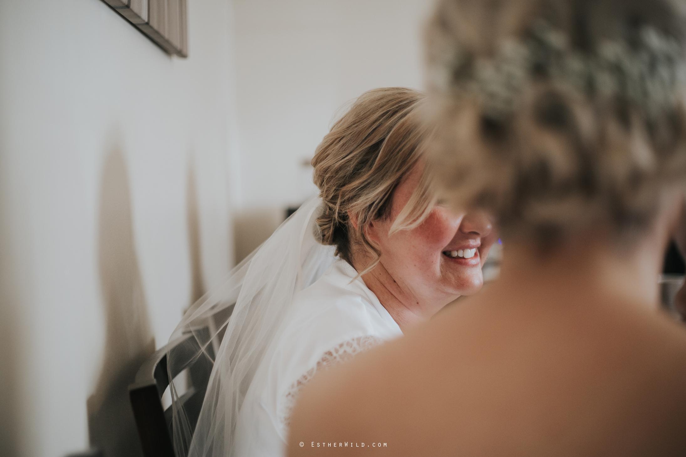 Wedding_Kings_Lynn_Town_Hall_Norfolk_Photographer_Esther_Wild_IMG_0155_IMGL0115.jpg